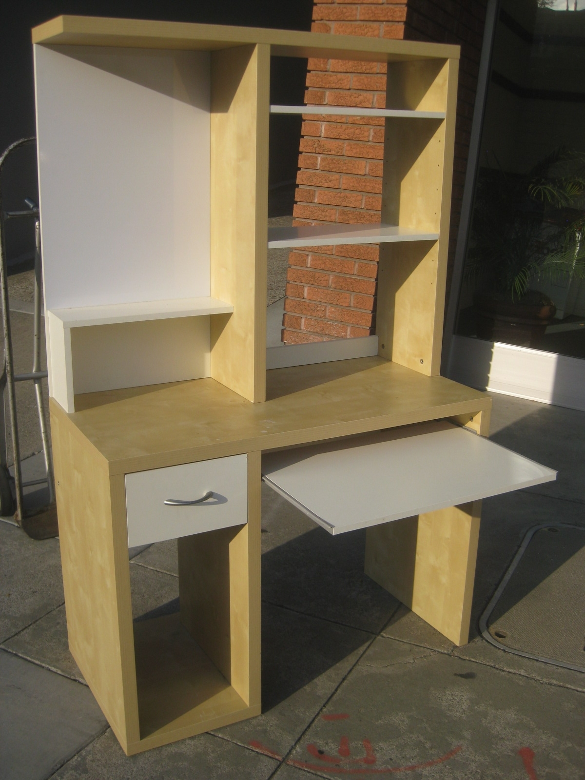 Most Up To Date Uhuru Furniture & Collectibles: Sold – Ikea Computer Desk – $30 In Computer Desks At Ikea (View 8 of 20)