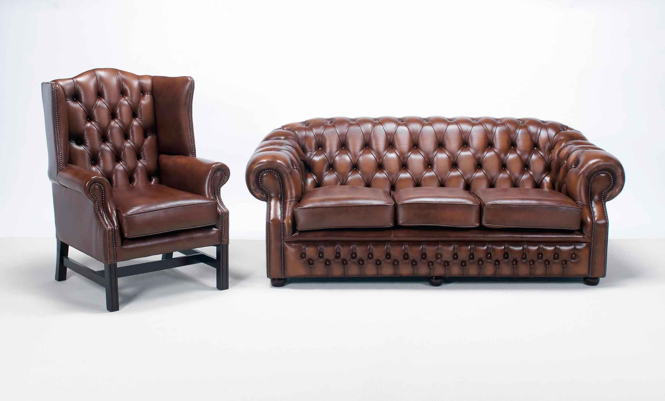 Most Up To Date Windsor Sofas Intended For Windsor Chesterfield Sofa — Interior Home Design : How To Identify (View 5 of 20)