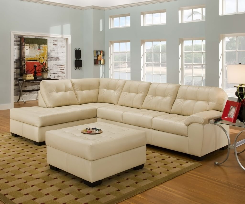 Newest Furniture: Modern Living Room With L Shaped Cream Leather In Leather Modular Sectional Sofas (View 14 of 20)