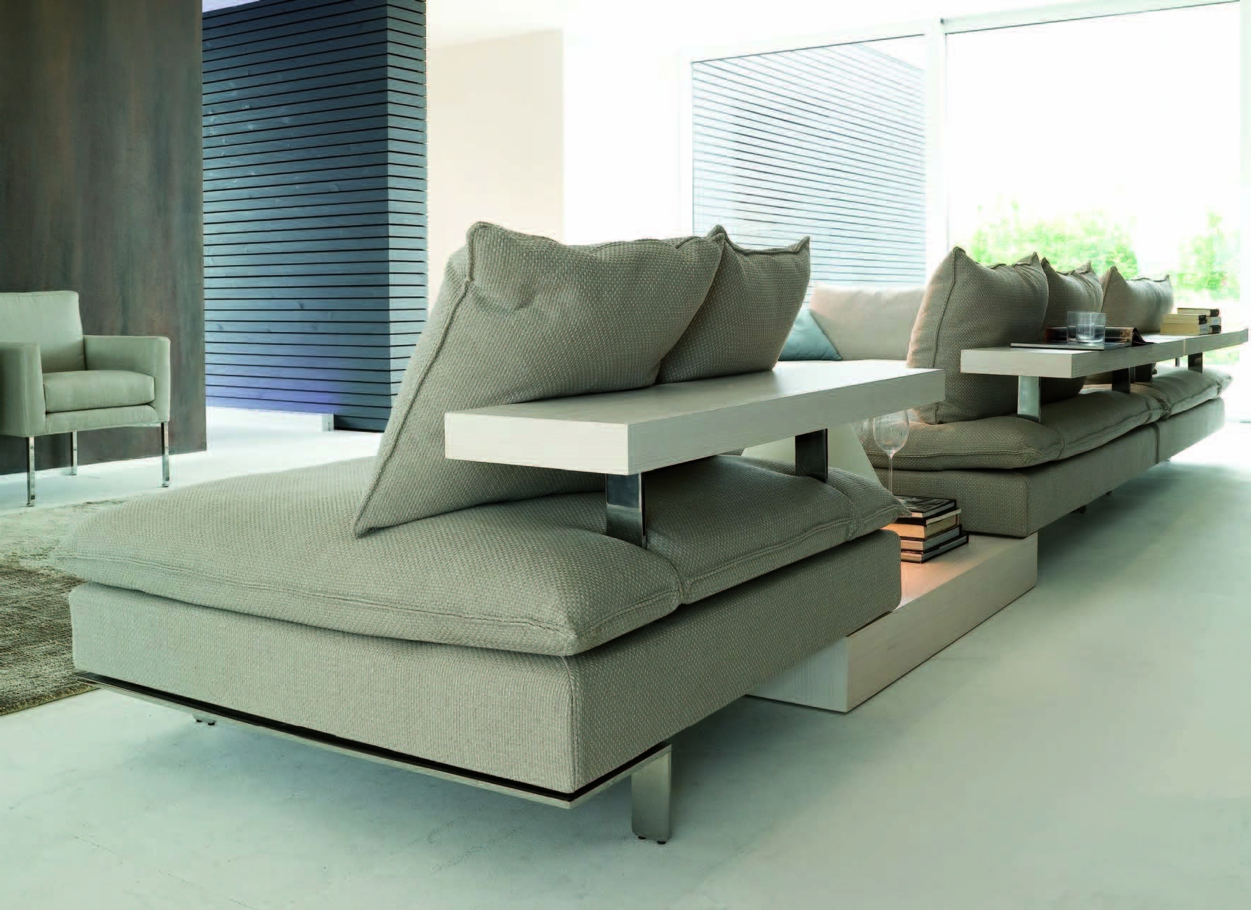 Newest Italian Furniture,modern Furniture,contemporary Furniture – Modern With Regard To Bedroom Sofas And Chairs (View 20 of 20)