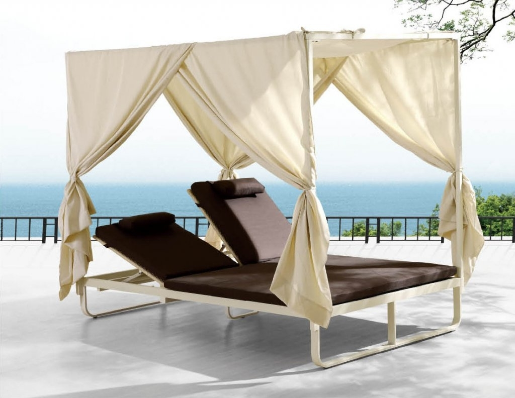 Newest Outdoor Sofas With Canopy Regarding Outdoor Lounge Beds Canopy : Mtc Home Design – Enjoy A Good (View 7 of 20)
