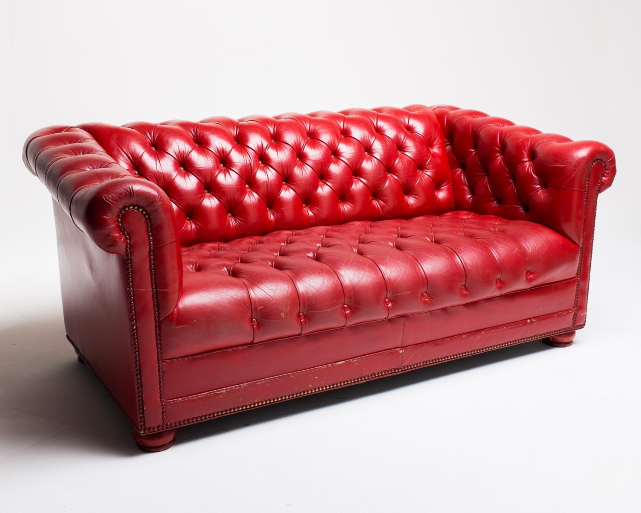 Featured Photo of Red Leather Sofas