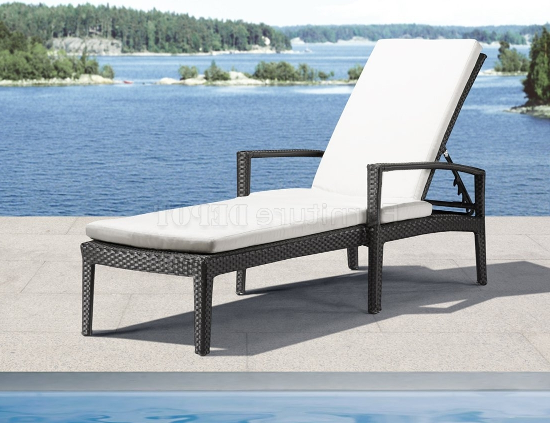 Outdoor Sofas And Chairs With Widely Used Outdoor Lounge Chairs Can Provide A Wide Range Of Services (View 14 of 20)