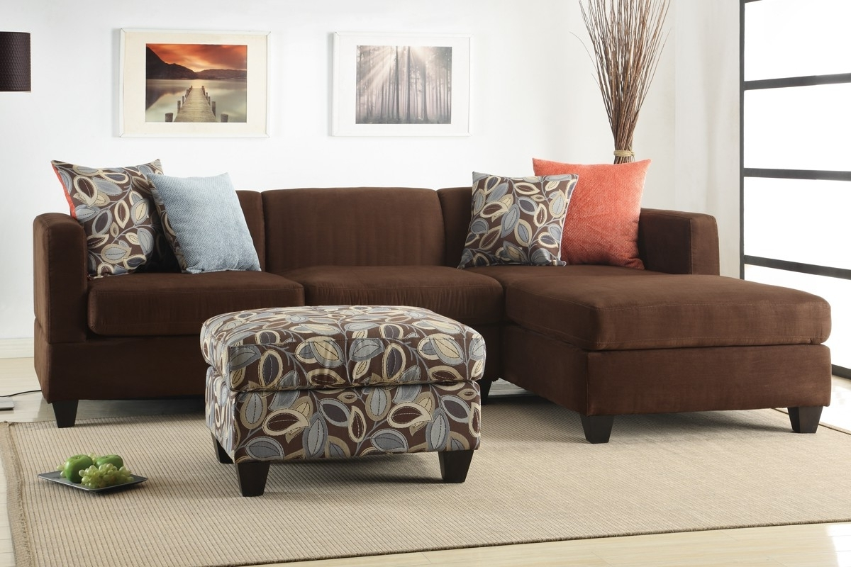 Oversized Pillows For Couch Pertaining To Famous Sofas With Oversized Pillows (View 8 of 20)
