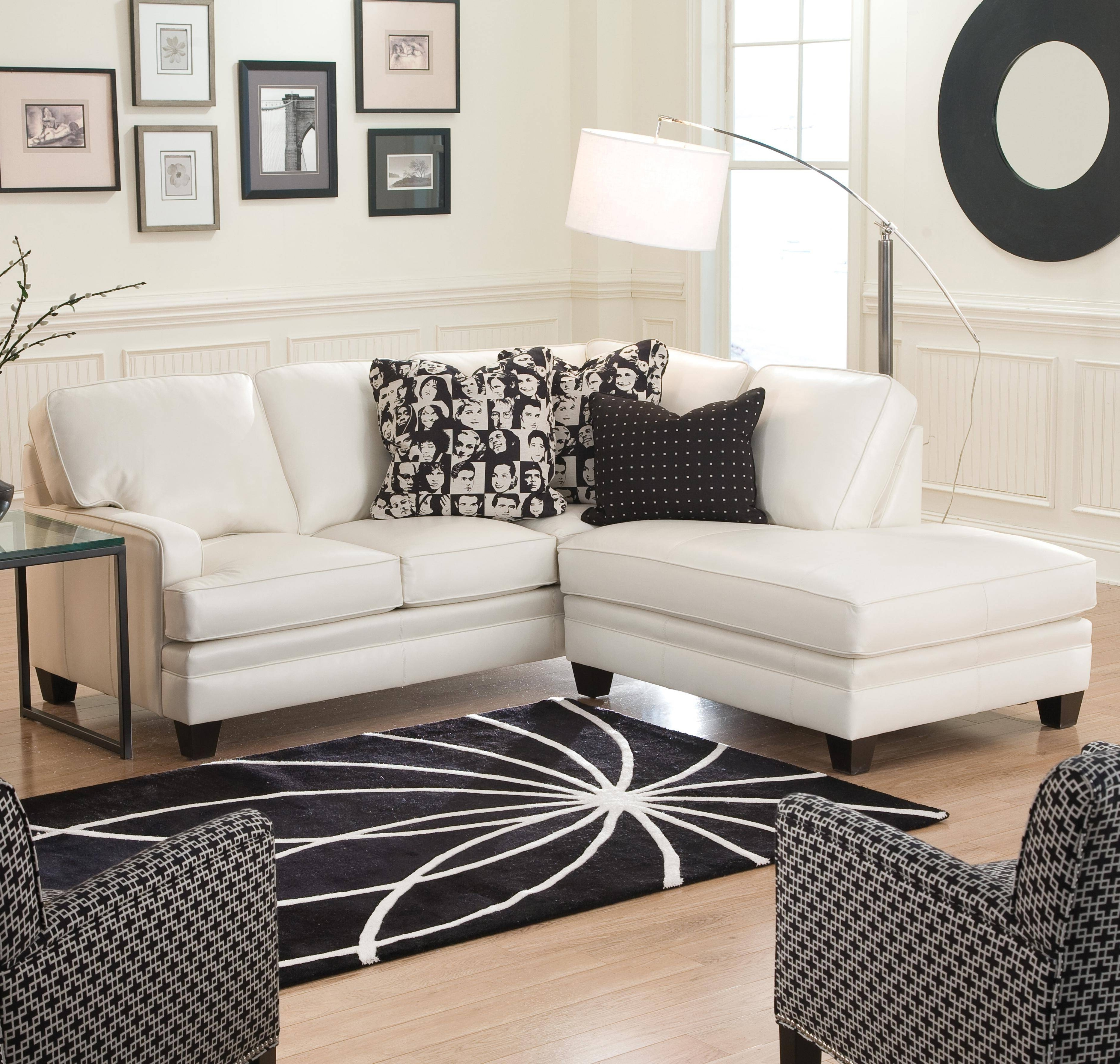 Popular Apartment Sectional Sofas With Chaise Intended For Stunning Apartment Sofa With Chaise Gallery – Liltigertoo (View 17 of 20)