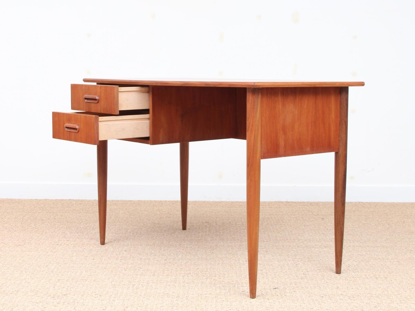 Popular Mid Century Small Desk In Teak, 1950S For Sale At Pamono Pertaining To Teak Computer Desks (View 7 of 20)