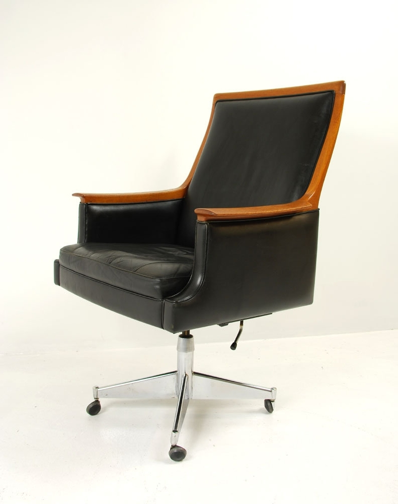 Featured Photo of Madison Executive Office Chairs