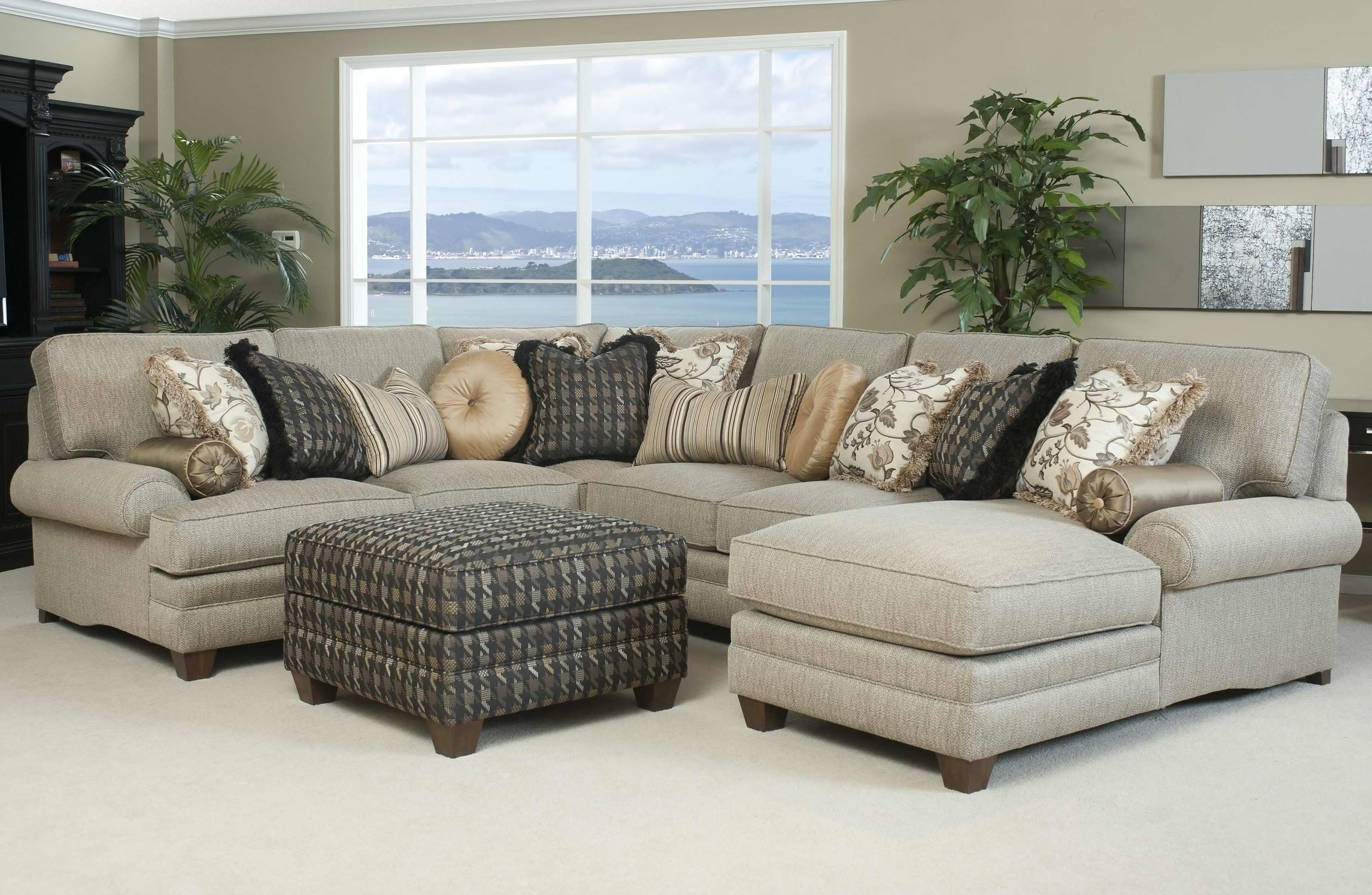 Popular Sectional Sofa Design: Comfortable Sectional Sofas Beds Small Area Throughout Sectional Sofas With Nailheads (View 7 of 20)
