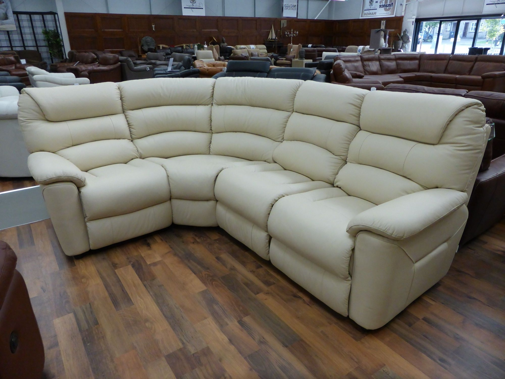 Popular Sectional Sofas At Lazy Boy With Regard To Incredible Laboy Sofa Frame Construction Leather Reclining (View 16 of 20)