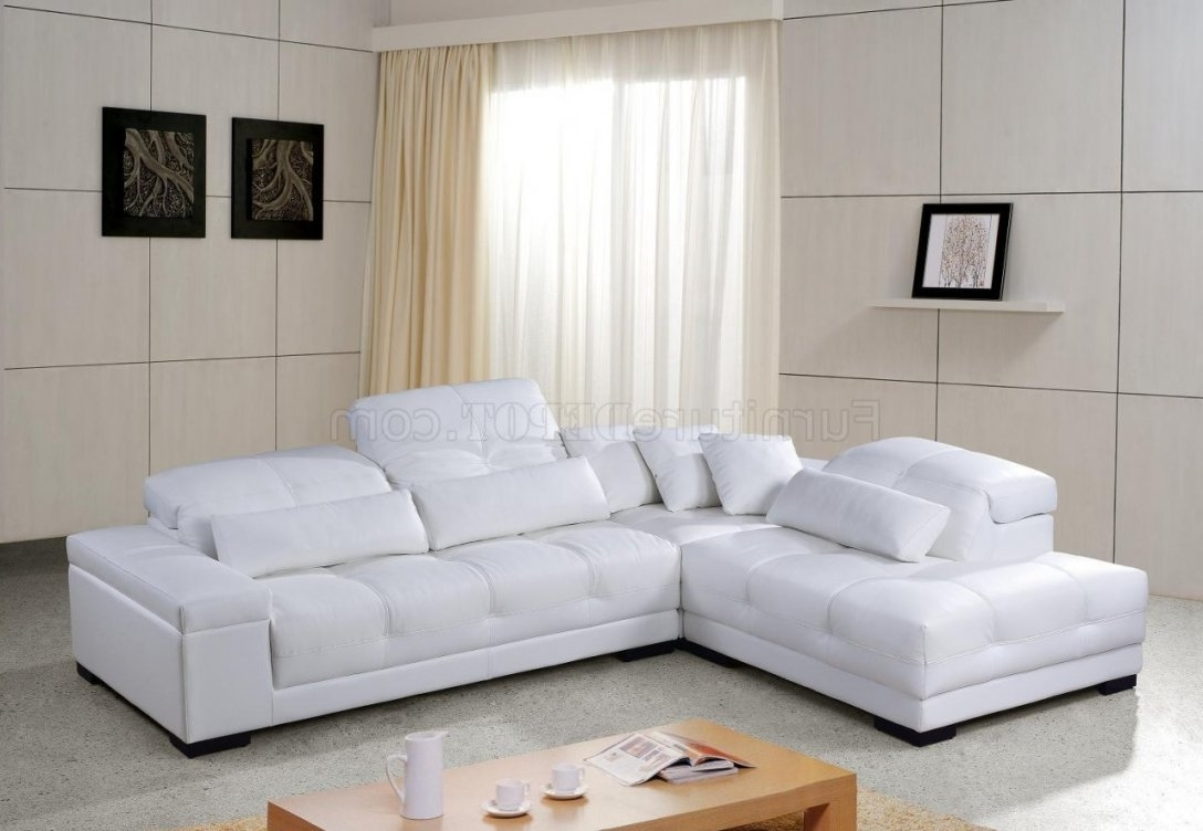 Popular White Tufted Sectional Sofa With Tufted Sectional Sofas (View 8 of 20)