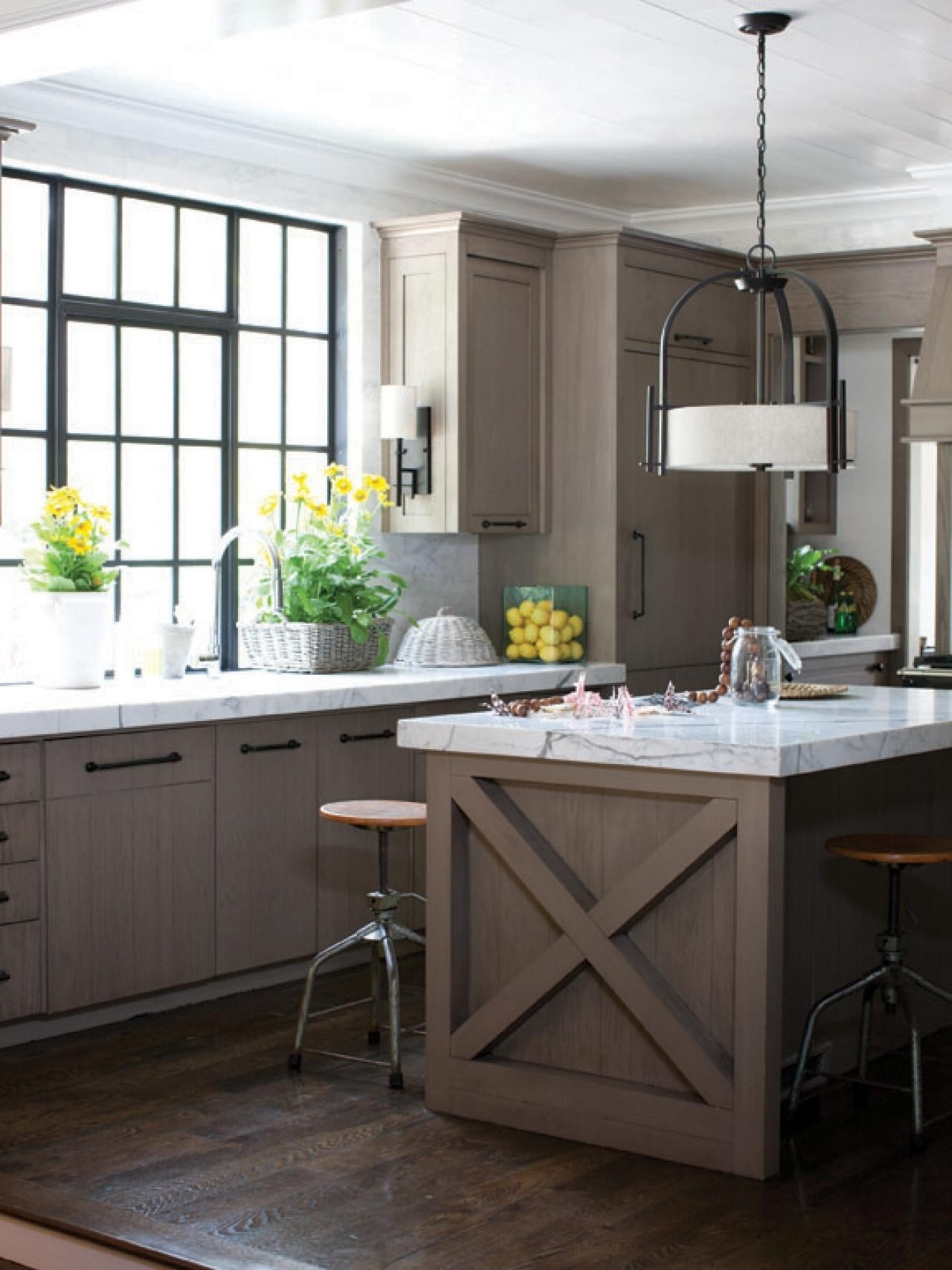 Popular Wrought Iron Kitchen Island Lighting Elegant Chandeliers Design Pertaining To Small Rustic Kitchen Chandeliers (View 14 of 20)