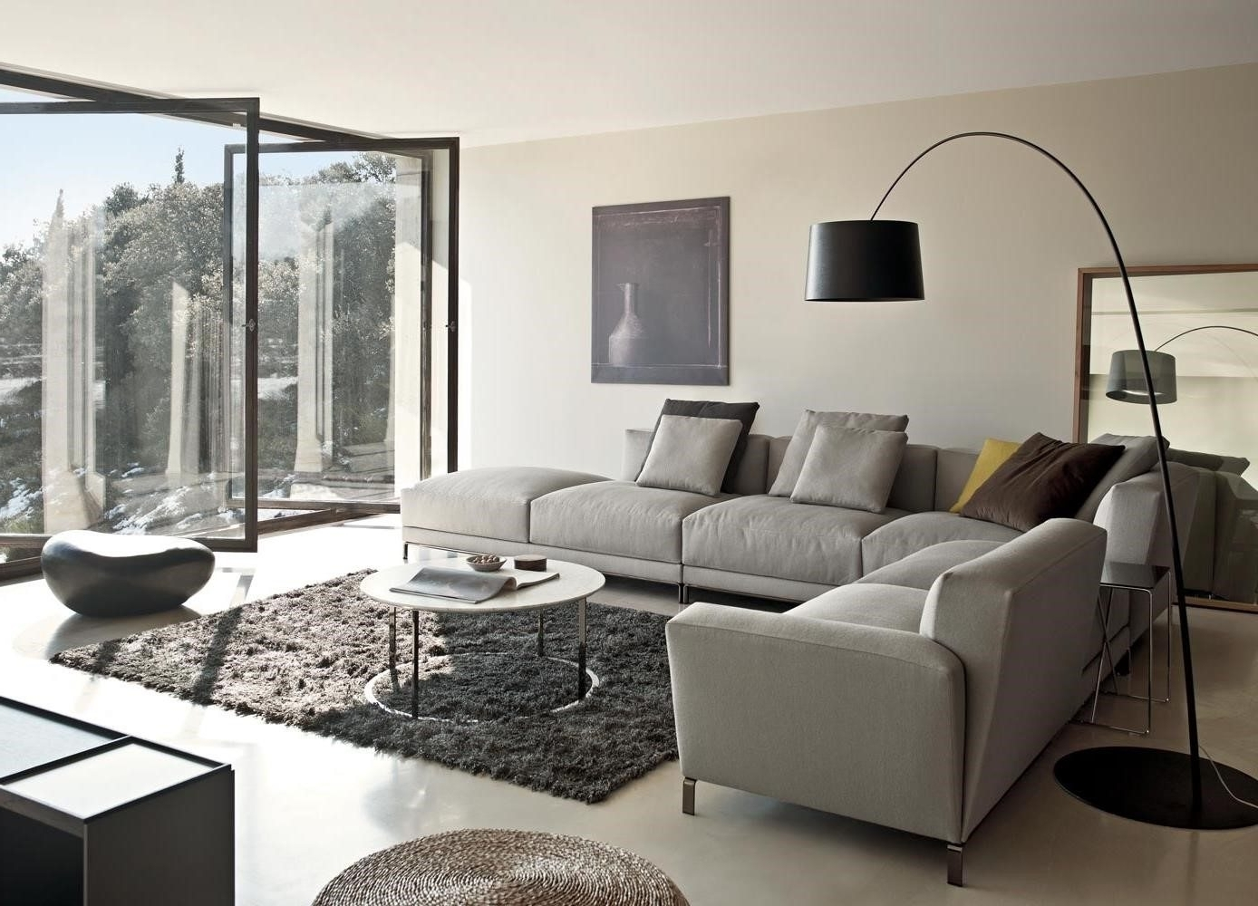 Preferred Apartment Sectional Sofas With Chaise Regarding Sectional Sofa Design: Apartment Sectional Sofa Chaise Leather (View 18 of 20)