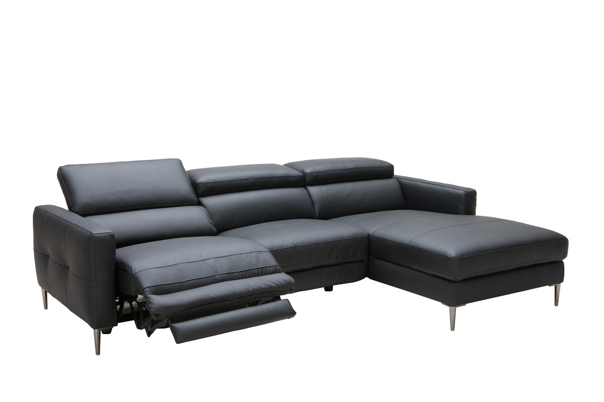 Preferred Casa Booth Modern Black Leather Sectional W/ Electric Recliner With Regard To Sectional Sofas With Electric Recliners (View 16 of 20)