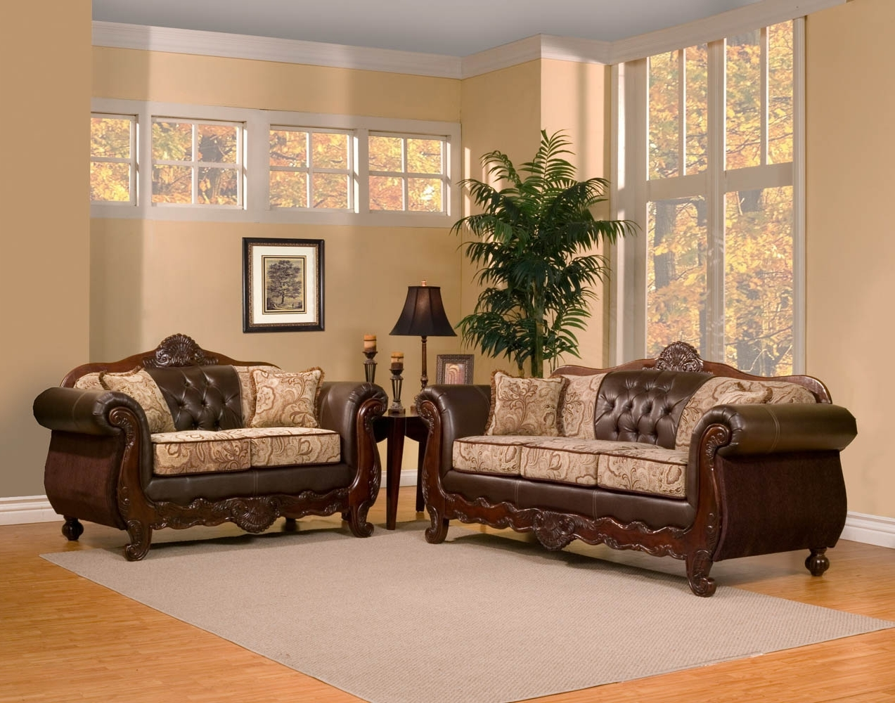 Featured Photo of Elegant Sofas And Chairs
