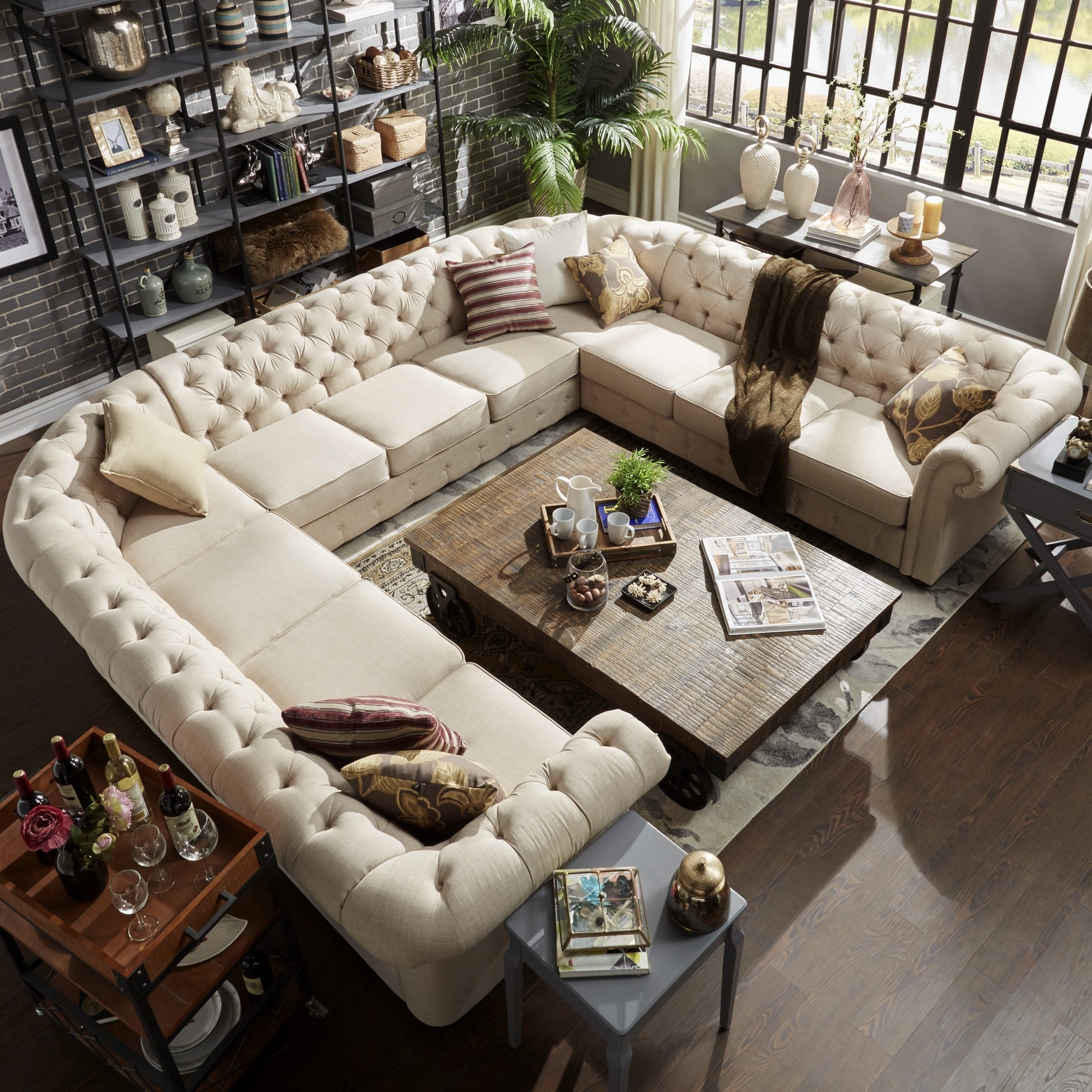 Preferred U Shaped Sectionals Regarding Knightsbridge Tufted Scroll Arm Chesterfield 11 Seat U Shaped (View 11 of 20)