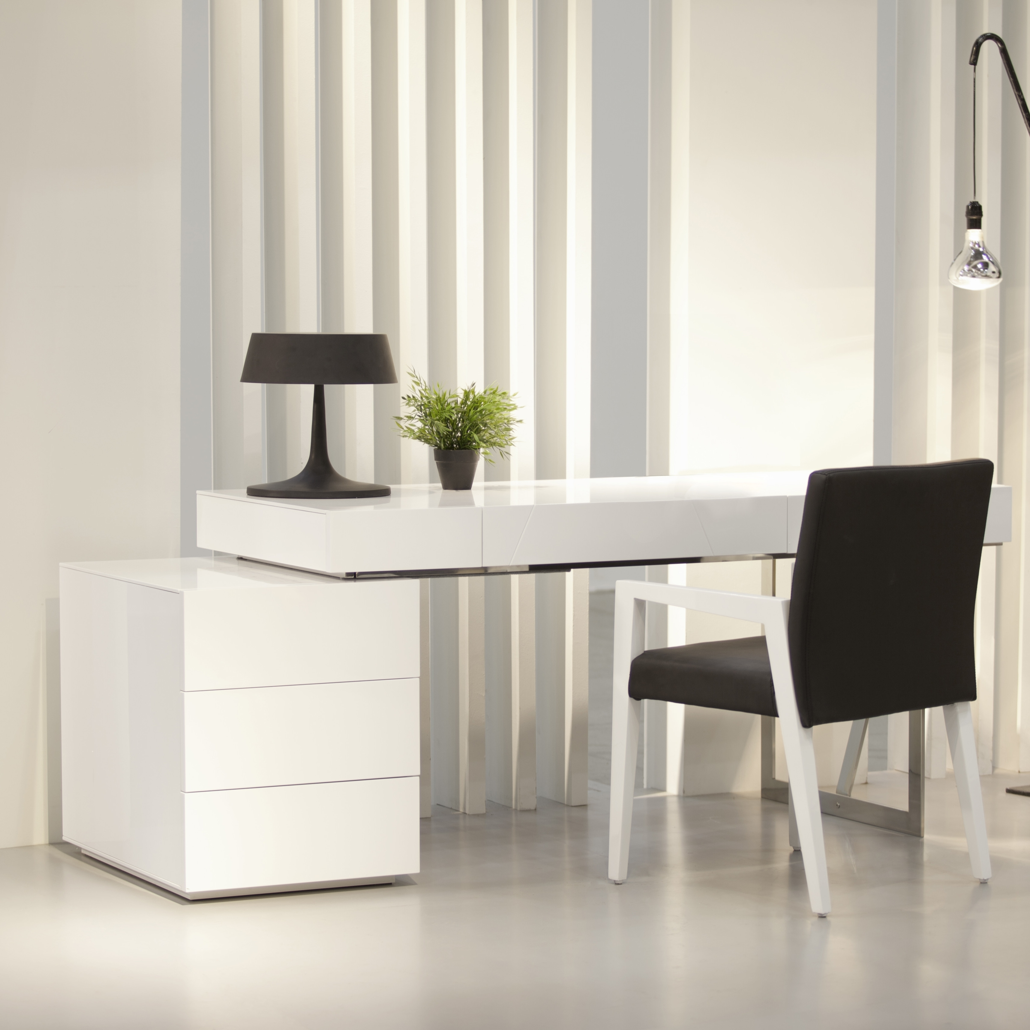 Recent Computer Desks At Wayfair With Furniture: Luxury White Computer Desk Wayfair For Modern Office Design (View 8 of 20)
