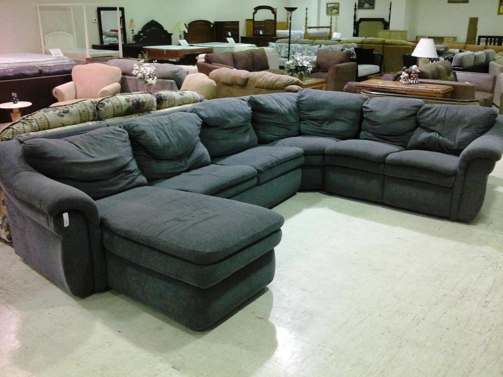 Reclining U Shaped Sectionals Regarding Popular Sofa : U Shaped Sectional Sofa Red Leather Sofa' Bob Furniture (View 15 of 20)