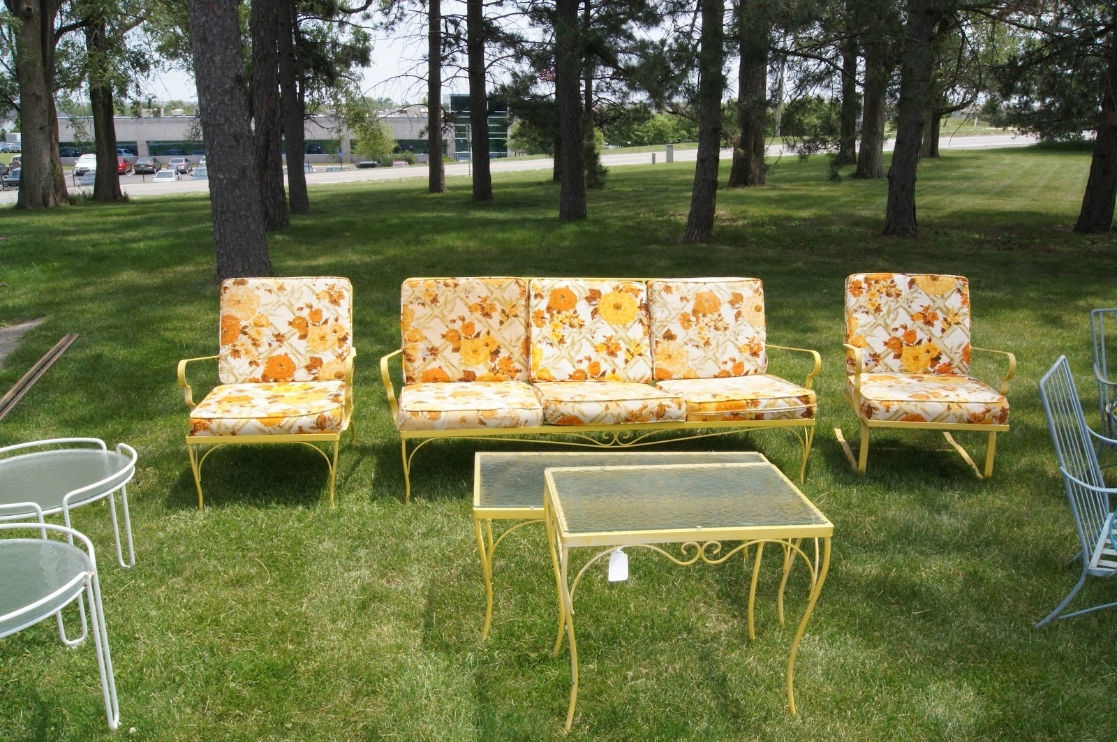 Retro Sofas And Chairs Regarding Most Current Outdoor Retro Furniture (View 15 of 20)