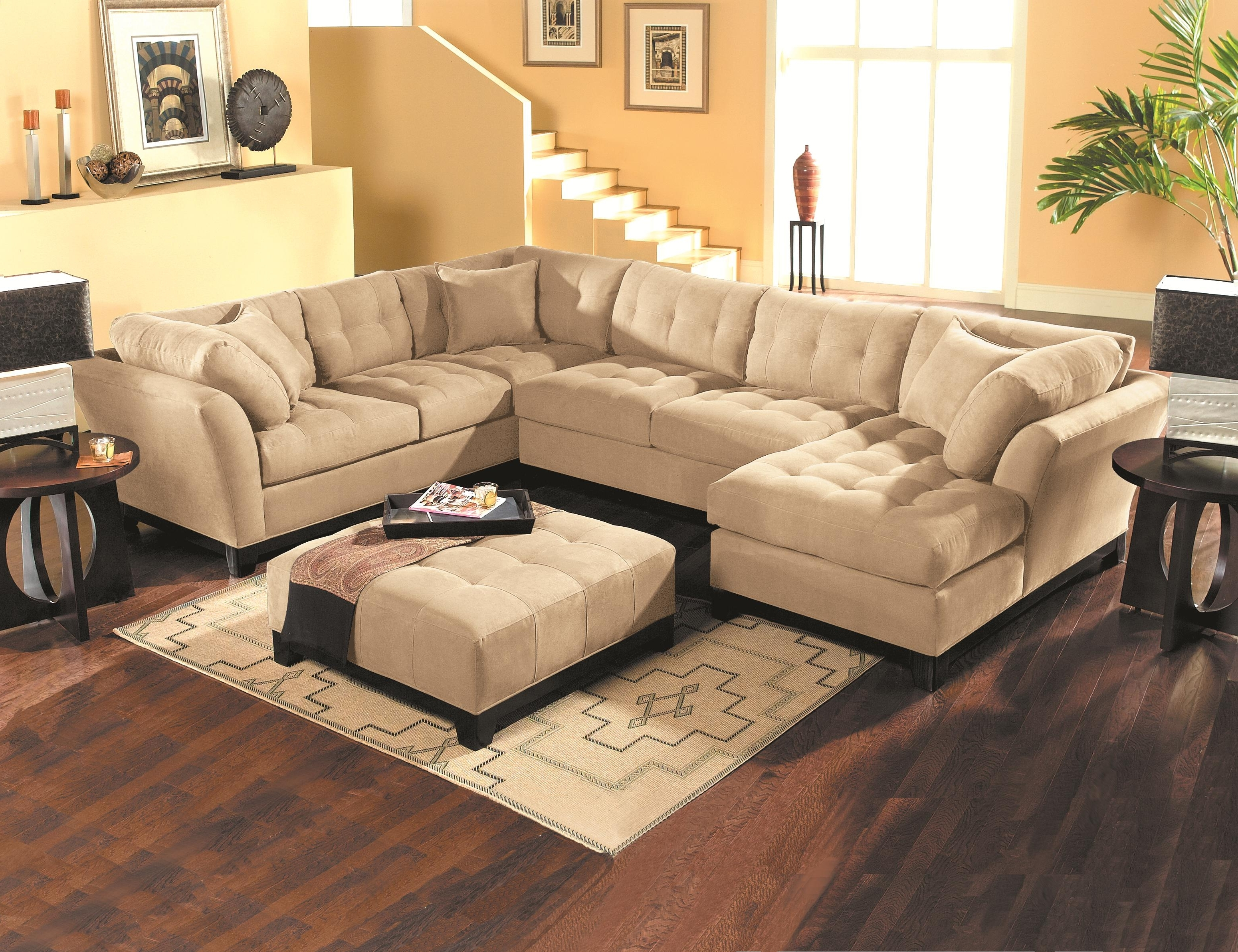 Sectional Regarding Tufted Sectional Sofas (View 10 of 20)