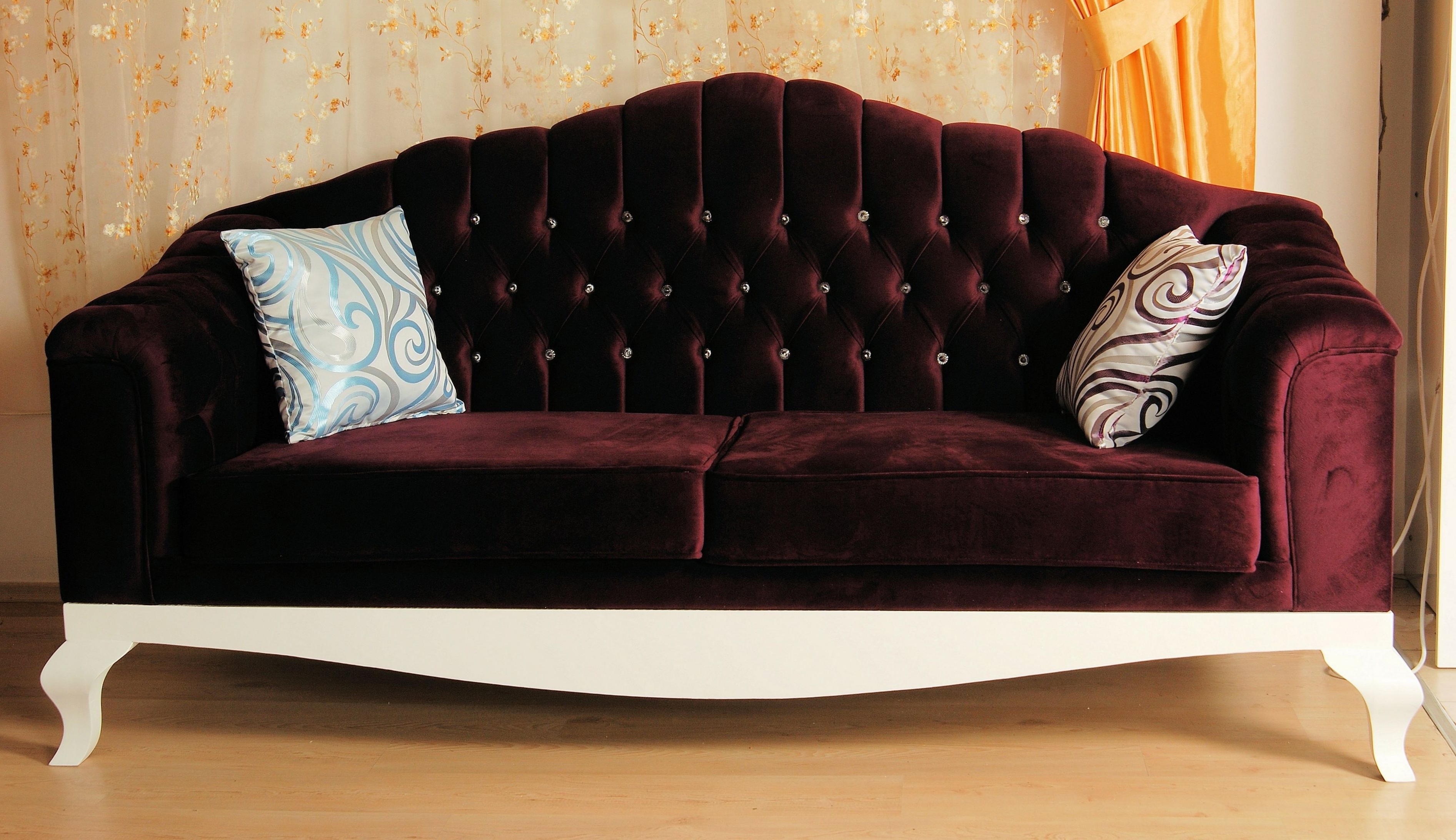 Sofa Design: Personal Luxury Sofas Taste And Style May Be Classic With Fashionable Luxury Sofas (View 6 of 20)