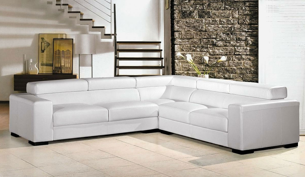 Sofa : Italia Designs White Leather Sectional Sofa Primo Modern In Well Known Sectional Sofas At Ebay (View 18 of 20)