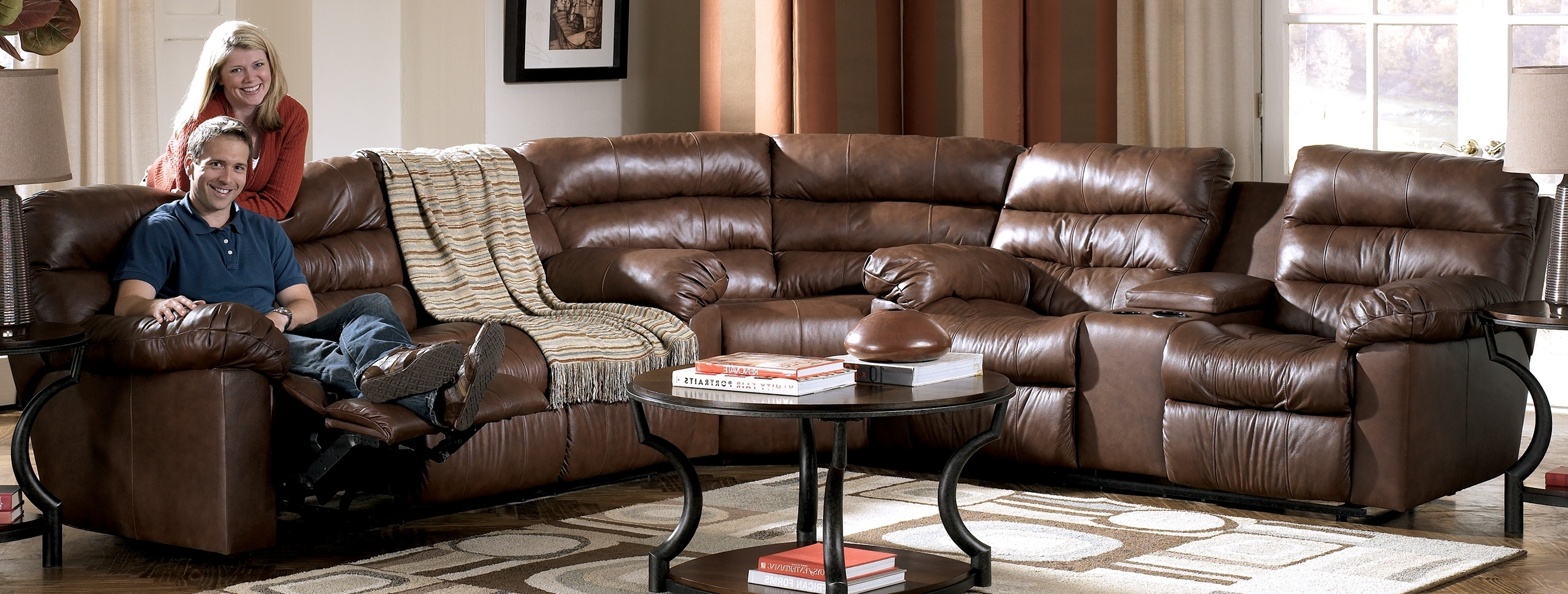 Sofas With Consoles Inside Fashionable Kellum – Chocolate Reclining Leather Sectional With Console (View 15 of 20)