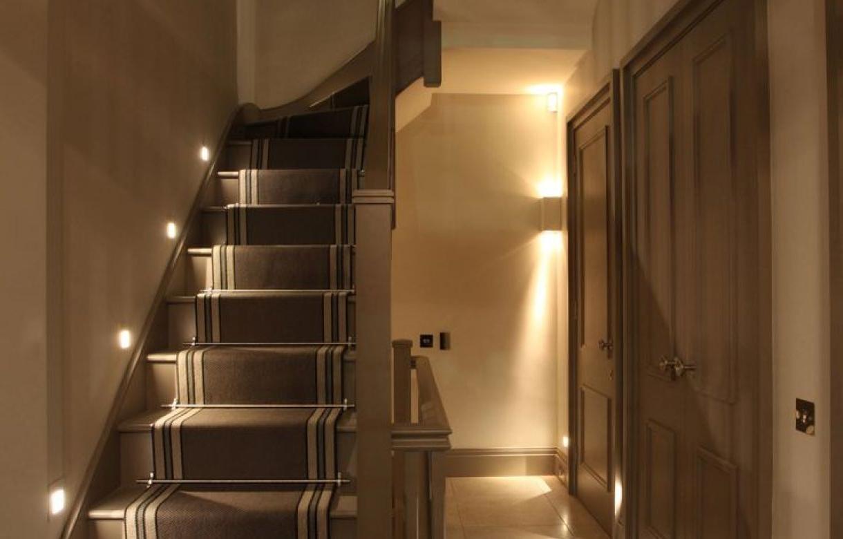Stairwell Chandeliers With Regard To 2018 Chandelier : Stairway Lighting Wonderful Stairwell Chandeliers  (View 19 of 20)