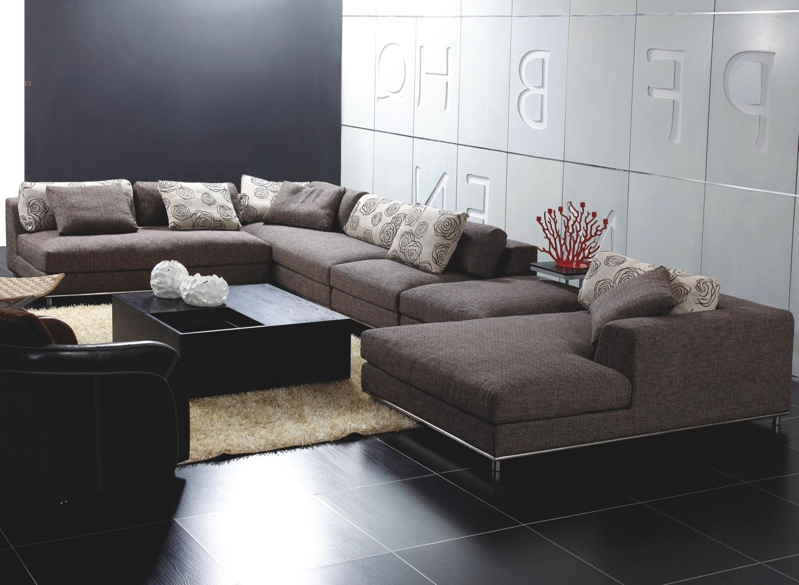 Stunning Modern Sectional Sofas With Chaise On Leather Reclining Regarding Fashionable Unique Sectional Sofas (View 14 of 20)