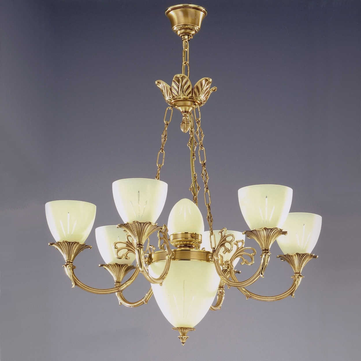 Traditional Brass Chandeliers Pertaining To Most Recently Released Antique Brass Chandelier : How To Paint Brass Chandelier – Home Designs (View 14 of 20)