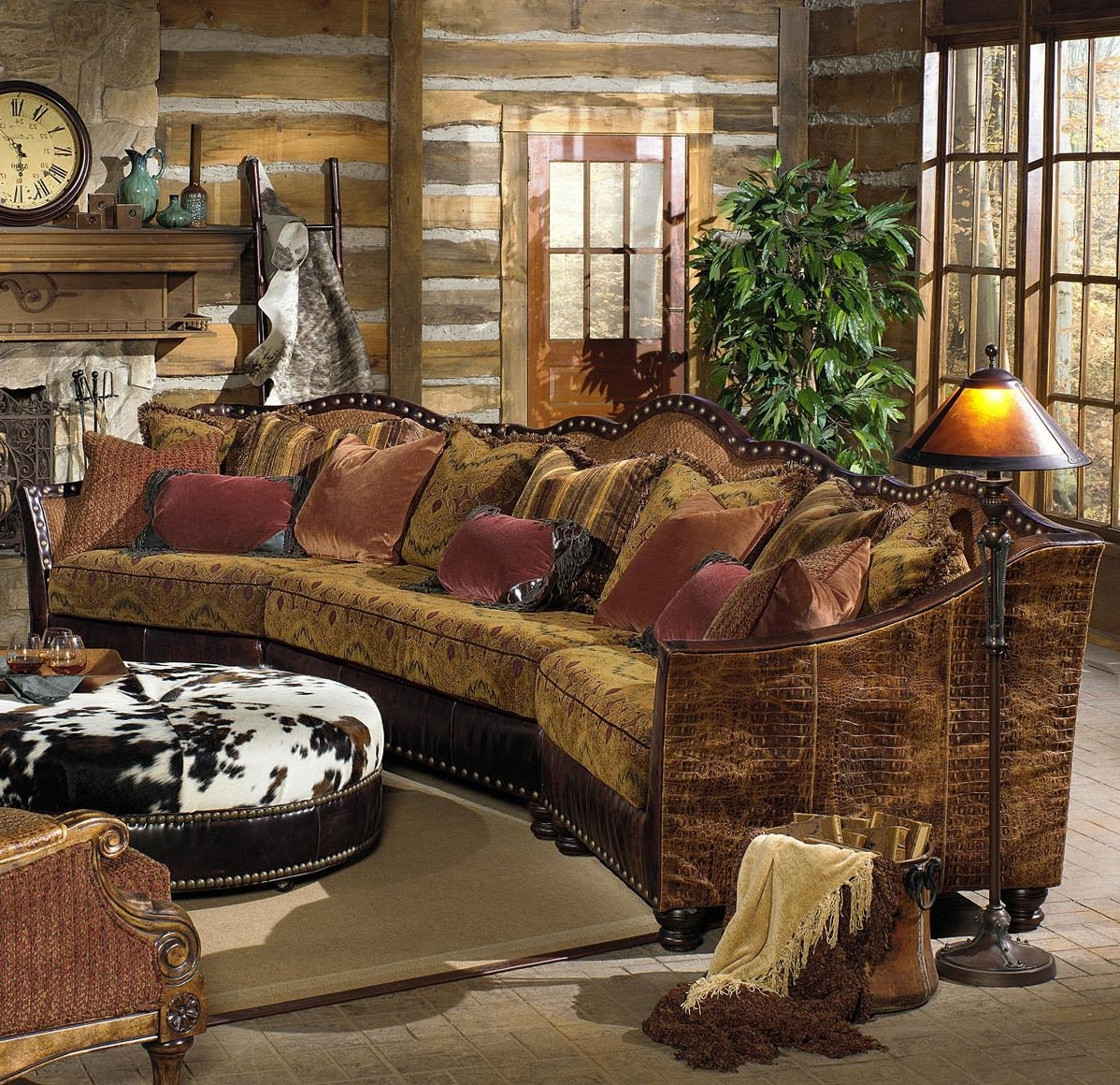 Traditional Camel Back Leather Sofa (View 10 of 20)