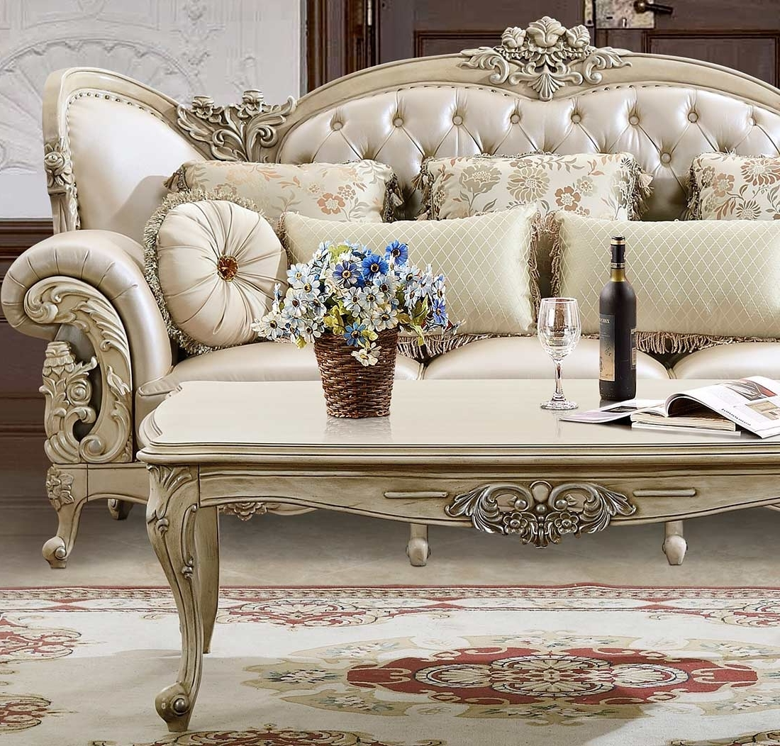 Traditional Sofas (View 10 of 20)