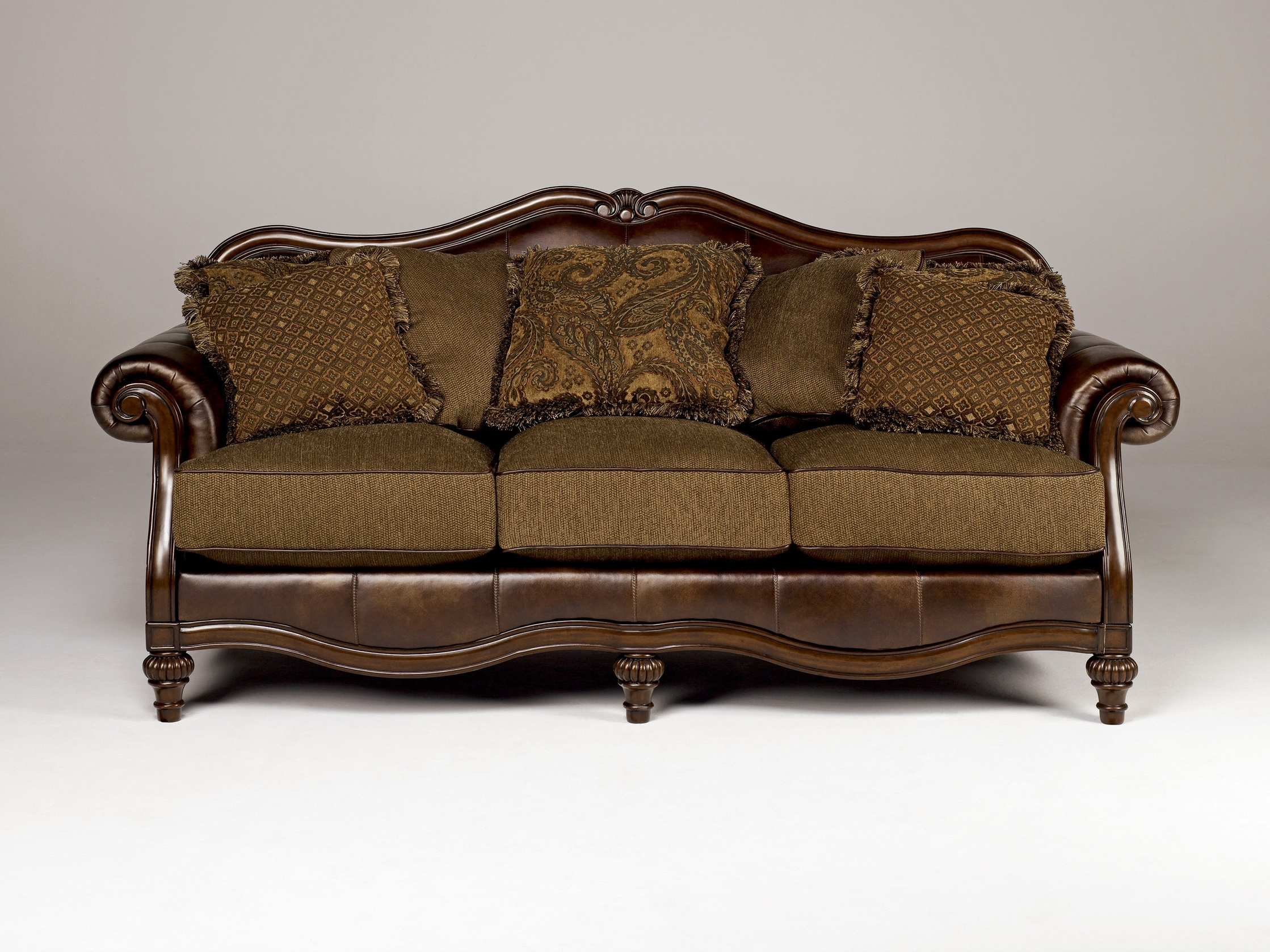 Truffle Traditional Sofa Set Old World Couch Wood Trim Cozy Fabric Regarding Best And Newest Chintz Sofas And Chairs (View 19 of 20)