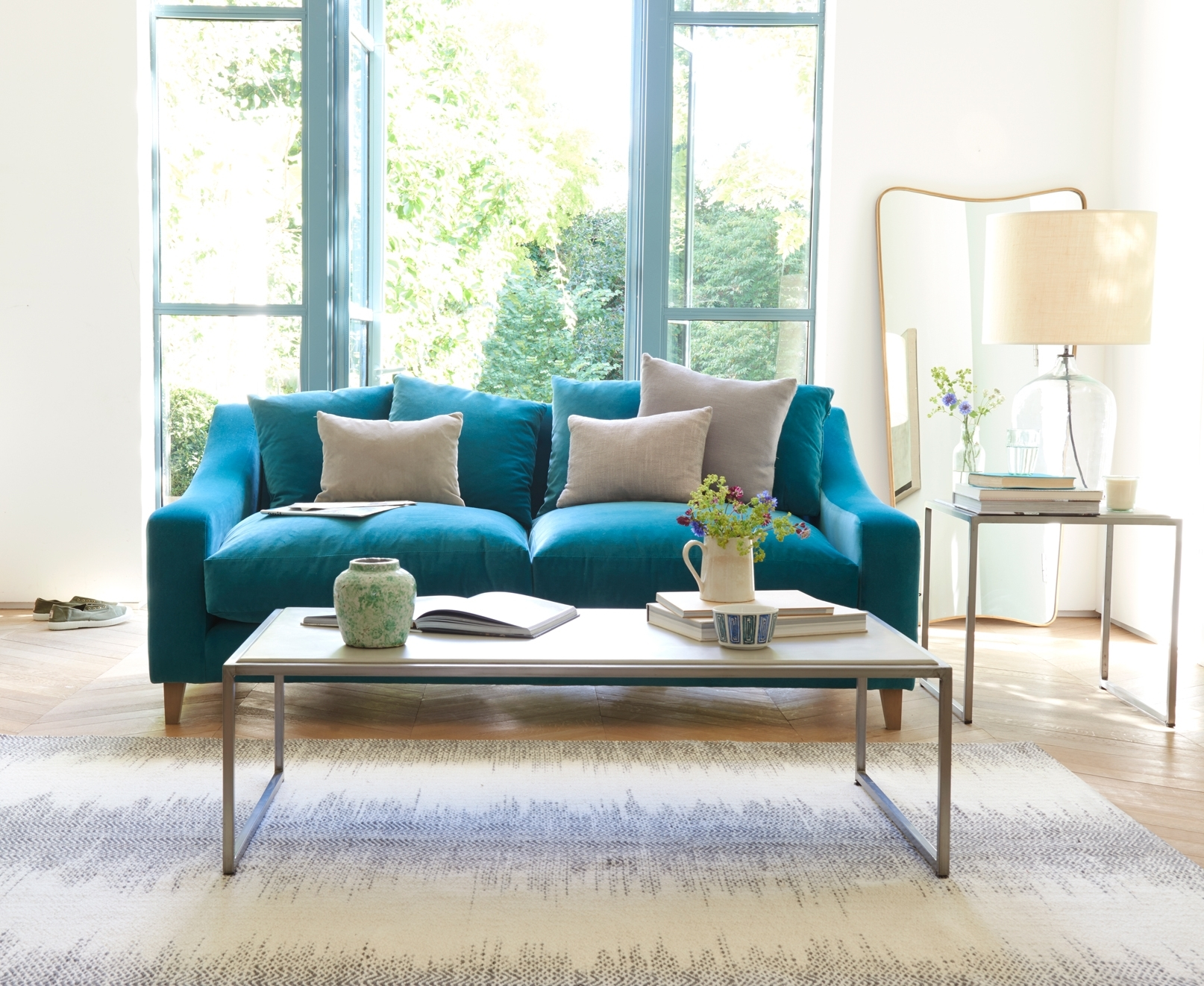 Turquoise Sofa Living Room — Awesome Homes : Best Ideas Turquoise With Preferred Turquoise Sofas (View 13 of 20)