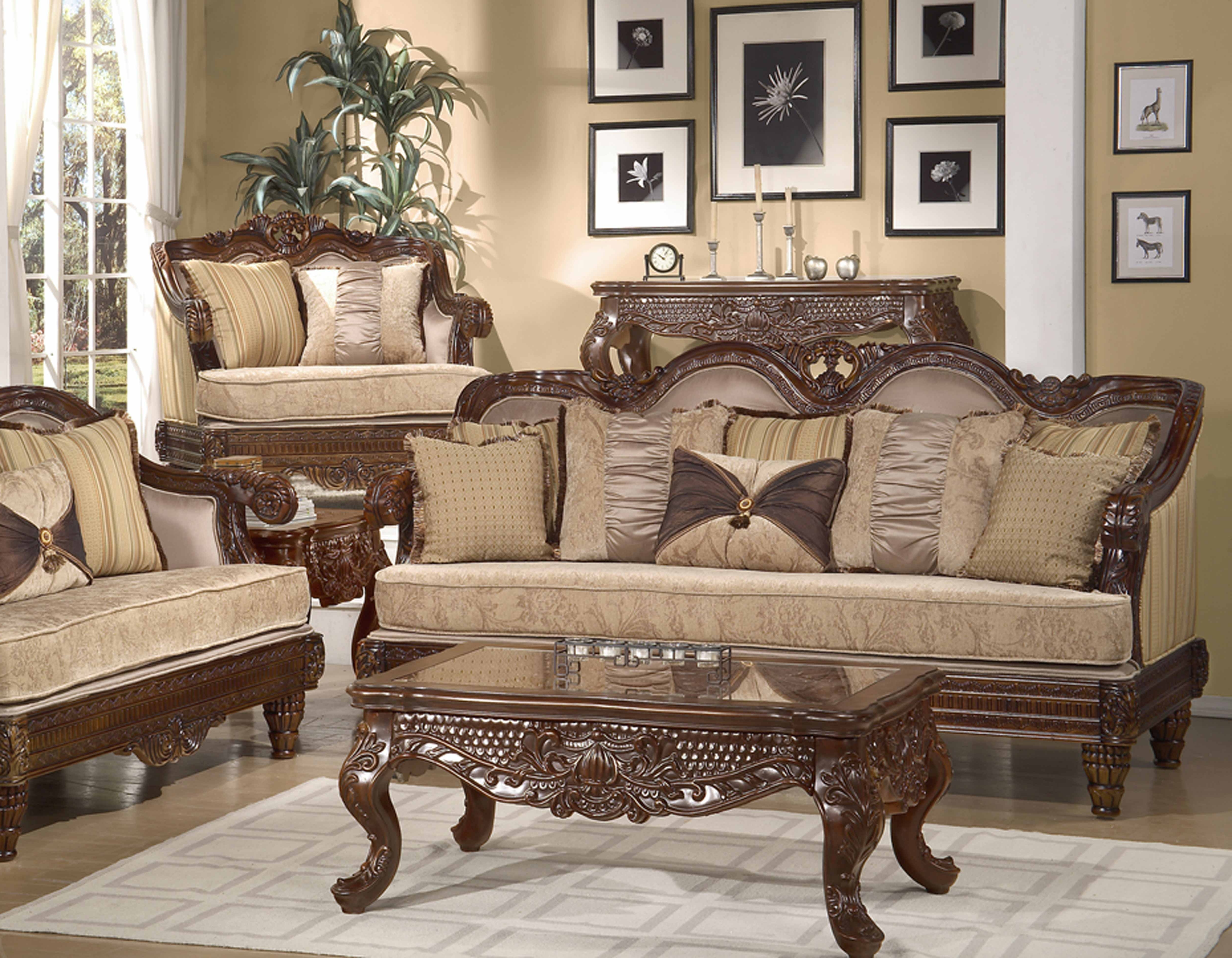 Uncategorized : Elegant Sofas With Stunning Formal Traditional Pertaining To Fashionable Traditional Sofas (Gallery 11 of 20)