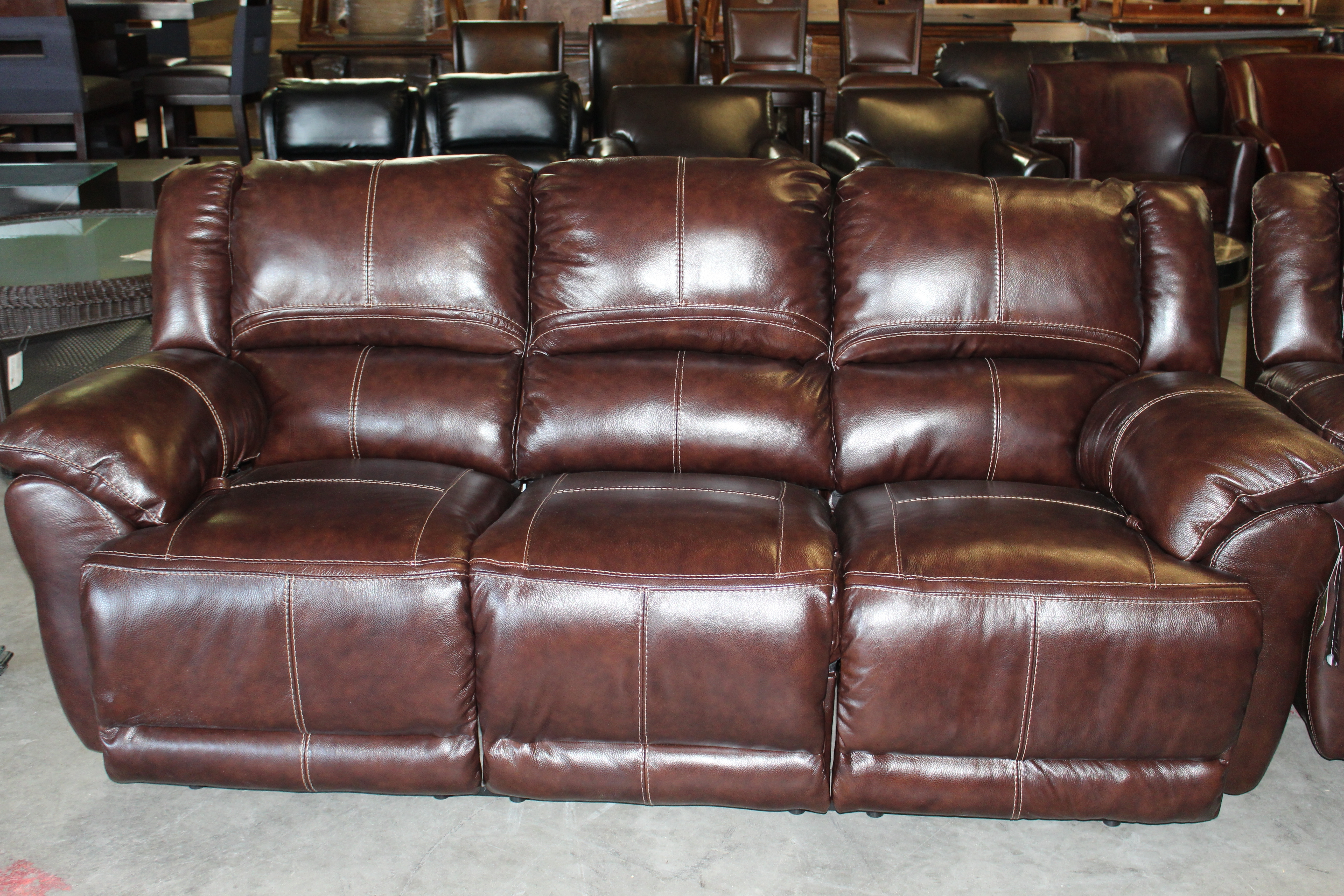 Used Furniture With Regard To Popular Leather Lounge Sofas (Gallery 8 of 20)