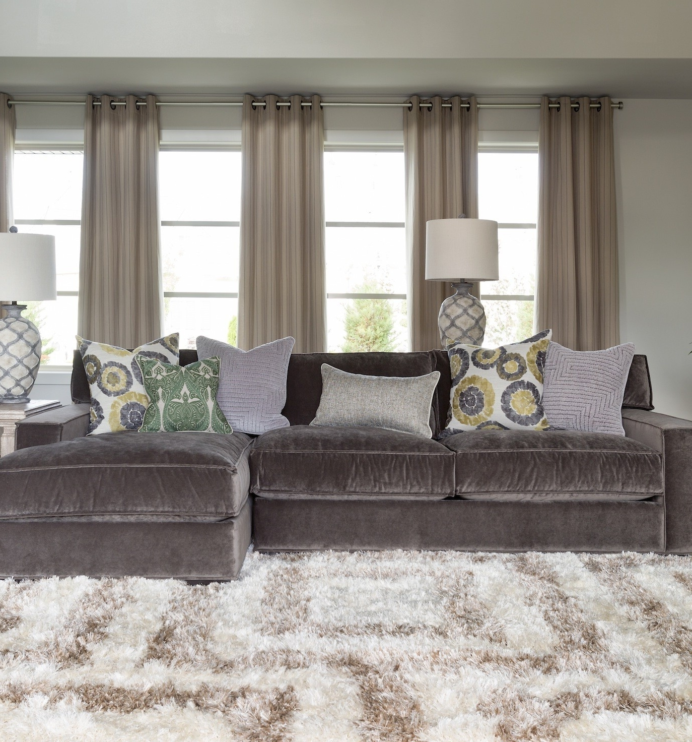 Velvet Sectional Sofas Regarding Widely Used Interior: Gray Couches Living Room Be Equipped With Gray Velvet (View 15 of 20)