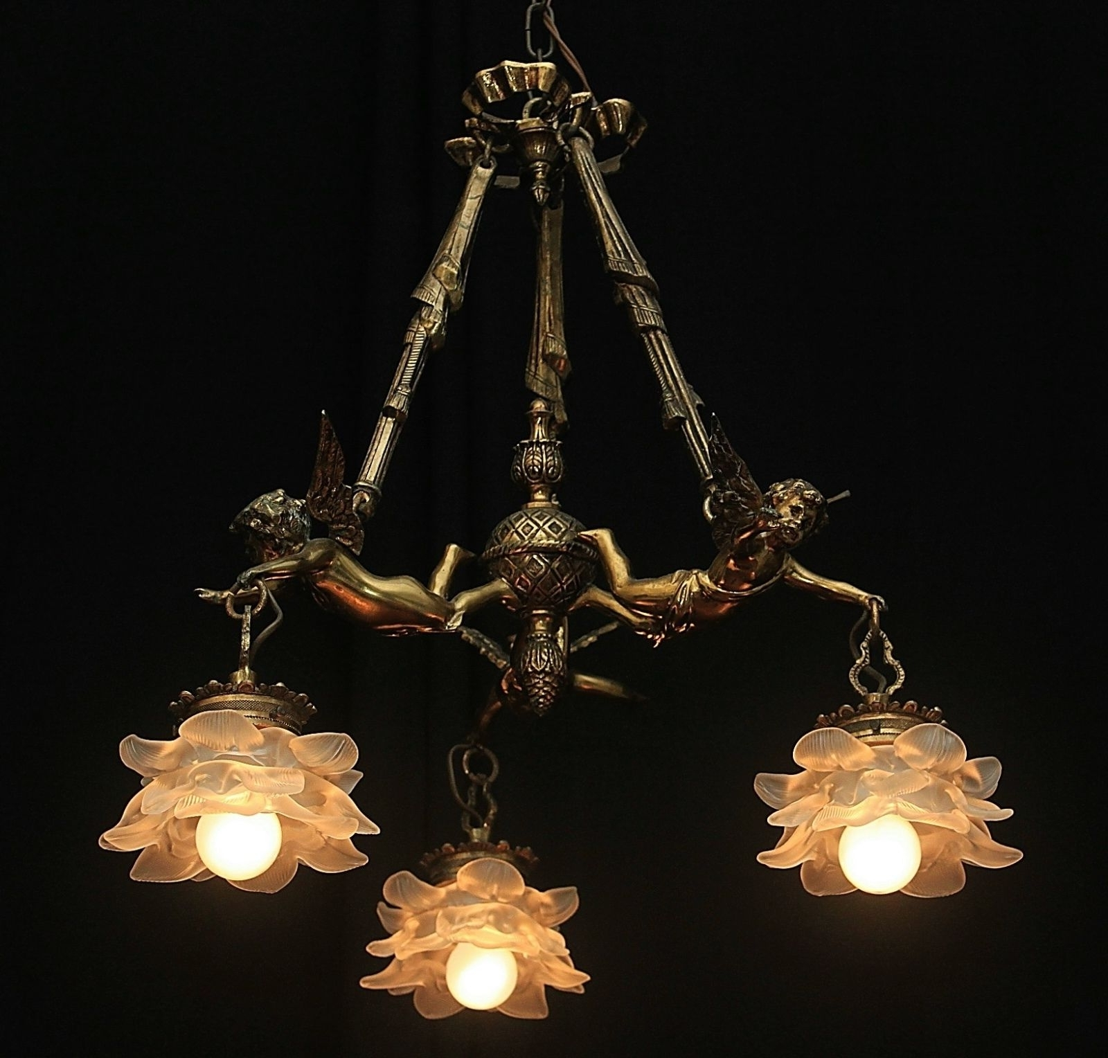 Vintage Bronze French Shabby Flying Chic Cherub Chandelier With With Regard To Popular Vintage French Chandeliers (Gallery 17 of 20)