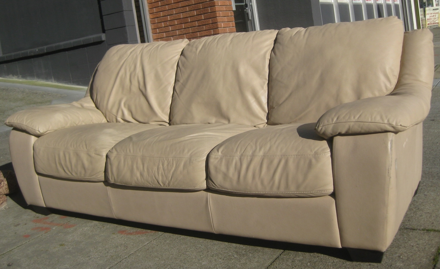 Well Known Off White Leather Sofa – Visionexchange (View 3 of 20)