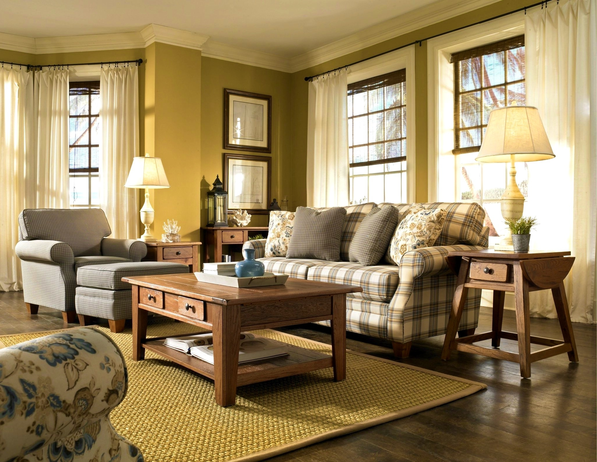 Well Known Perfect Country Style Sofas 56 With Additional Sofas And Couches Within Country Style Sofas (View 15 of 20)