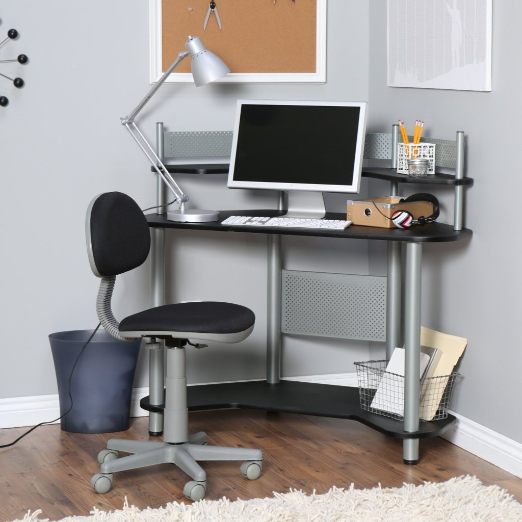 Well Known Small Corner Computer Desks Small Spaces – Best Bedroom Furniture In Computer Desks For Small Areas (View 17 of 20)