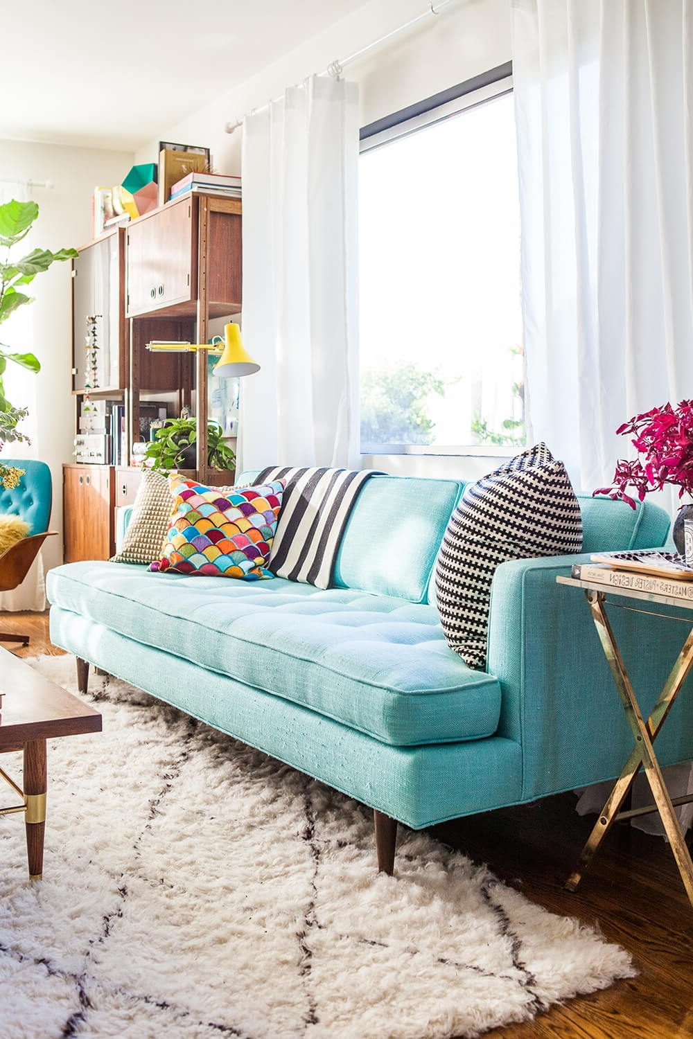 Well Liked 84 Affordable Amazing Sofas Under $1000 – Emily Henderson Intended For Turquoise Sofas (View 17 of 20)