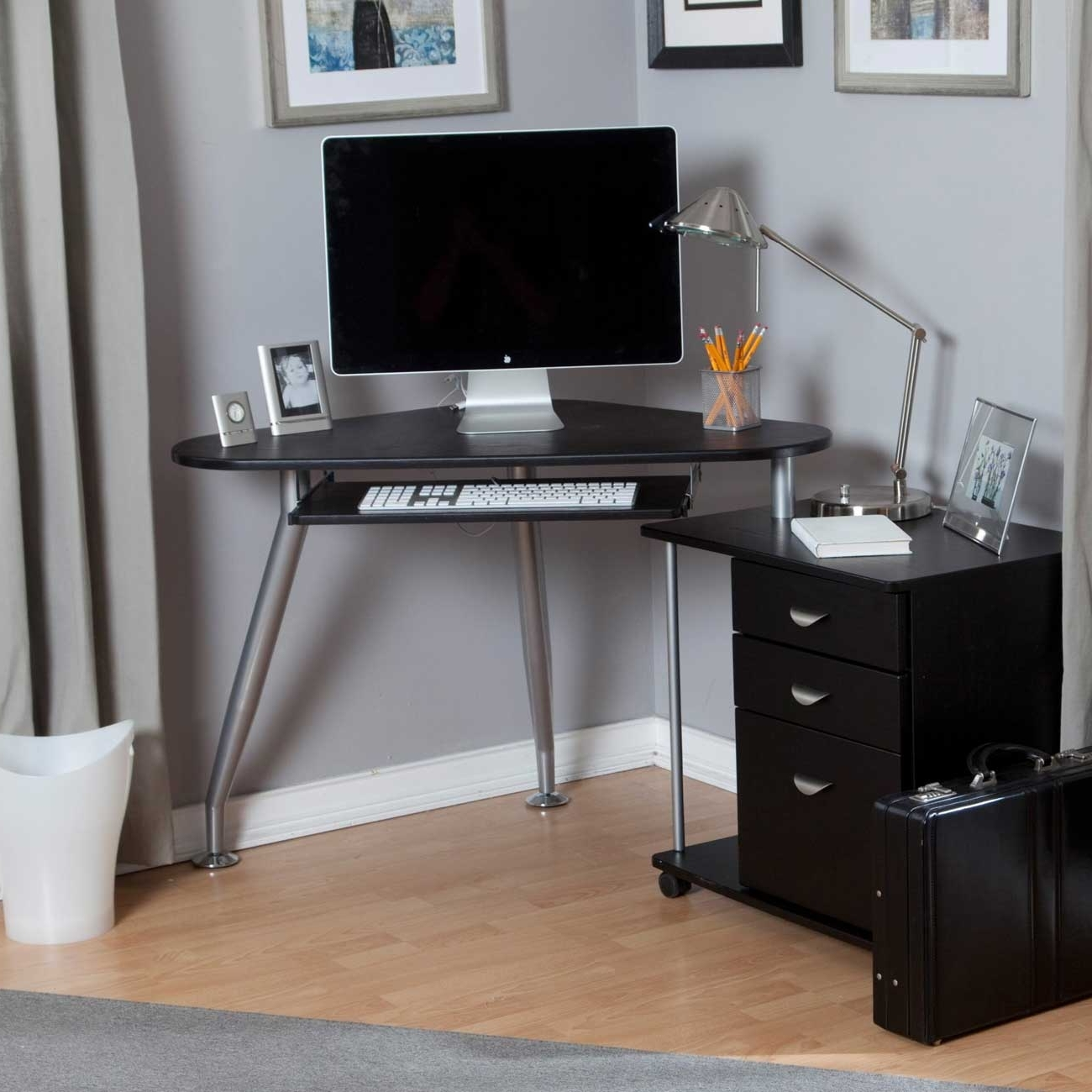 Well Liked Computer Desks For Very Small Spaces Regarding Best Small Corner Computer Desk — Interior Exterior Homie (View 19 of 20)