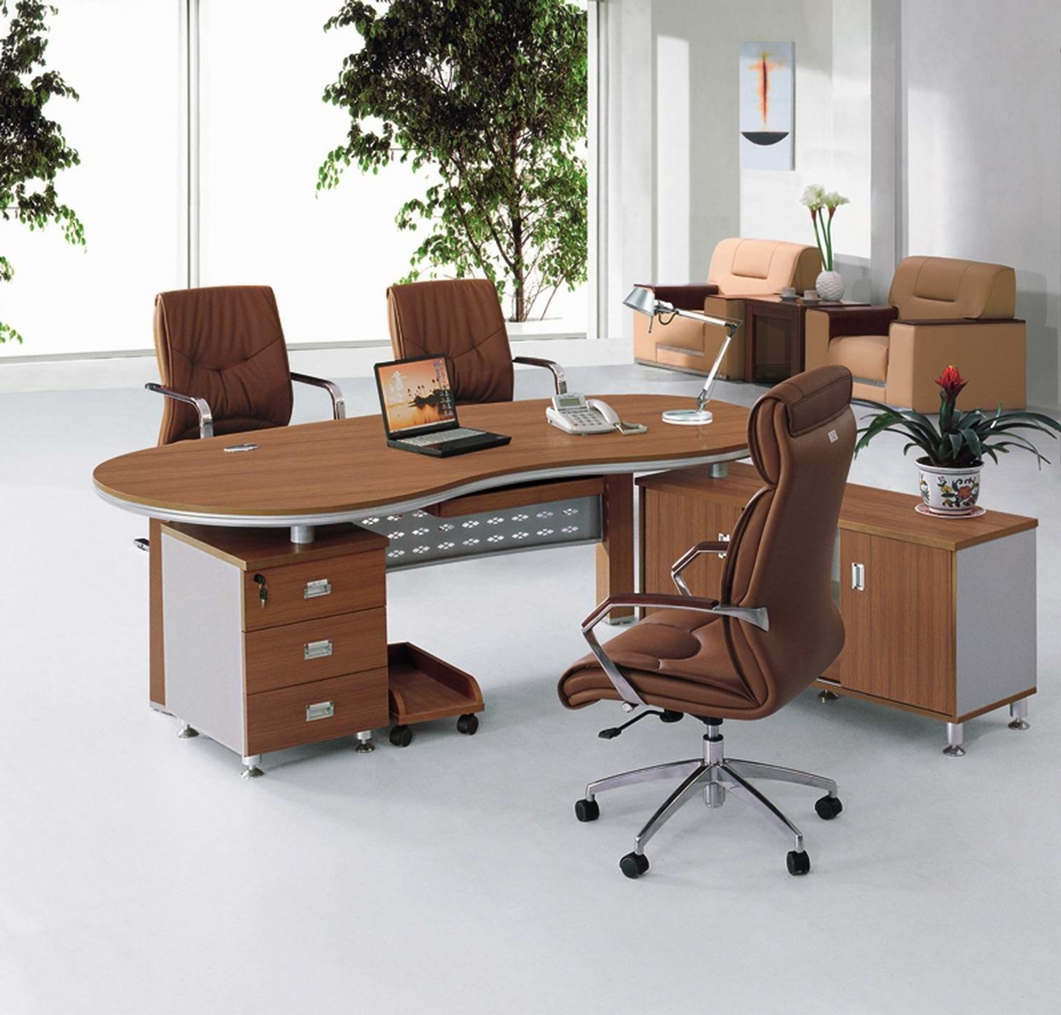 Well Liked Contemporary Executive Office Chairs Within Modern Brown Natural Wood Modern Executive Desks Brown Swivel (View 19 of 20)