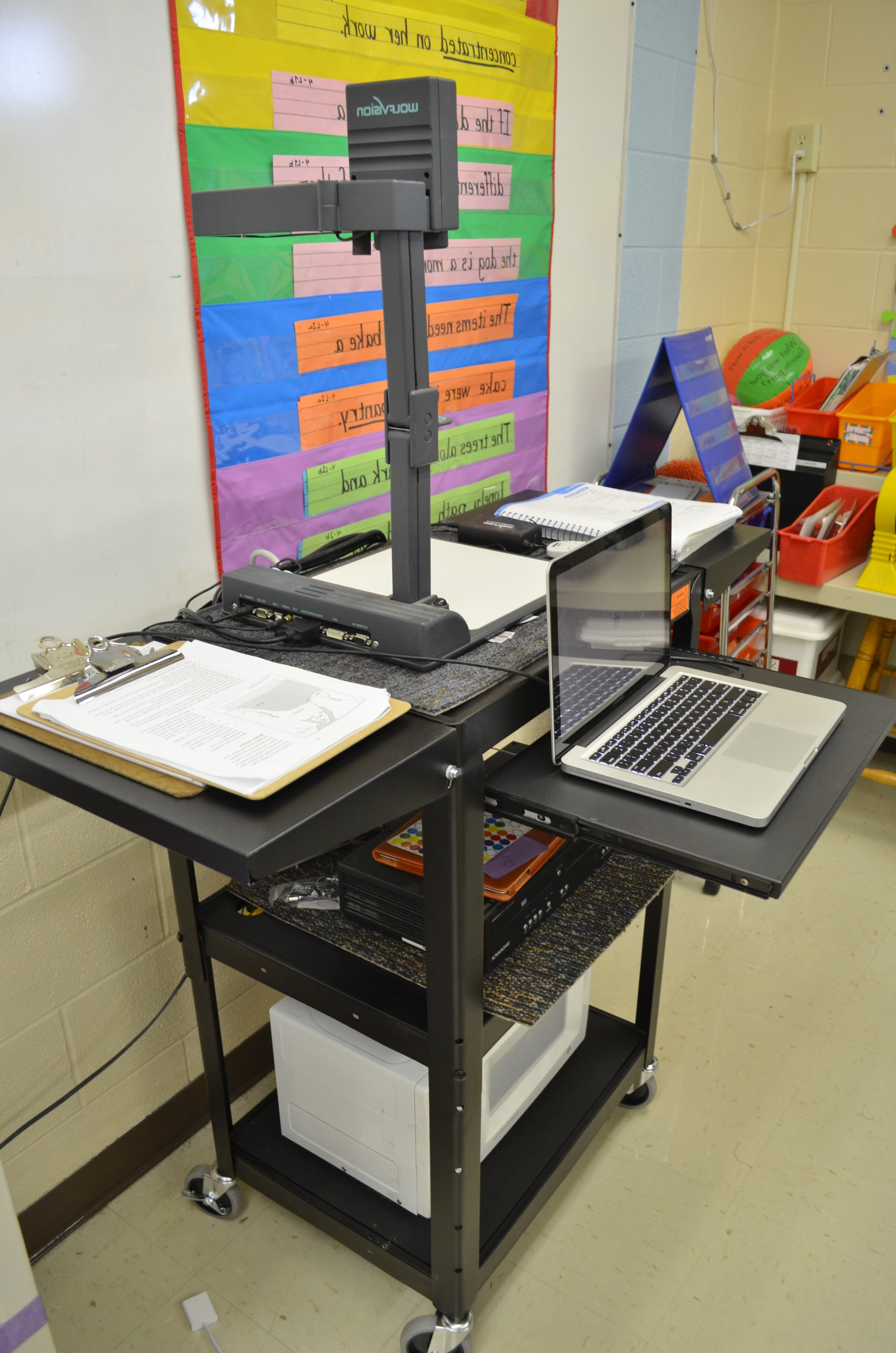 Well Liked Quill Computer Desks Within Shop Quill For School Supplies + Luxor Multi Media Cart Review (View 20 of 20)