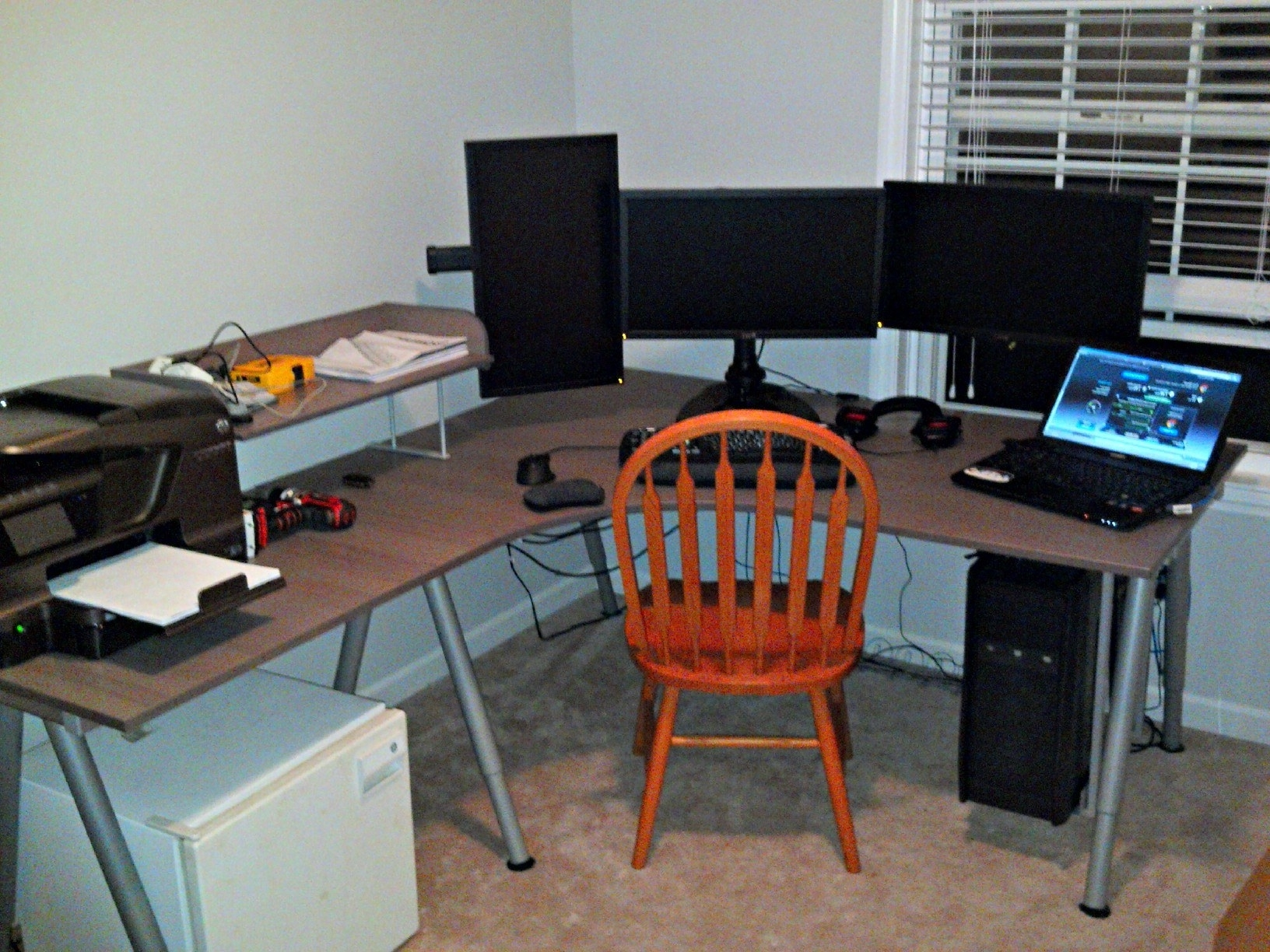 Widely Used Is The Ikea Galant The Go To Desk Of A Gamer? I'm Considering With Regard To Ikea Galant Computer Desks (View 19 of 20)