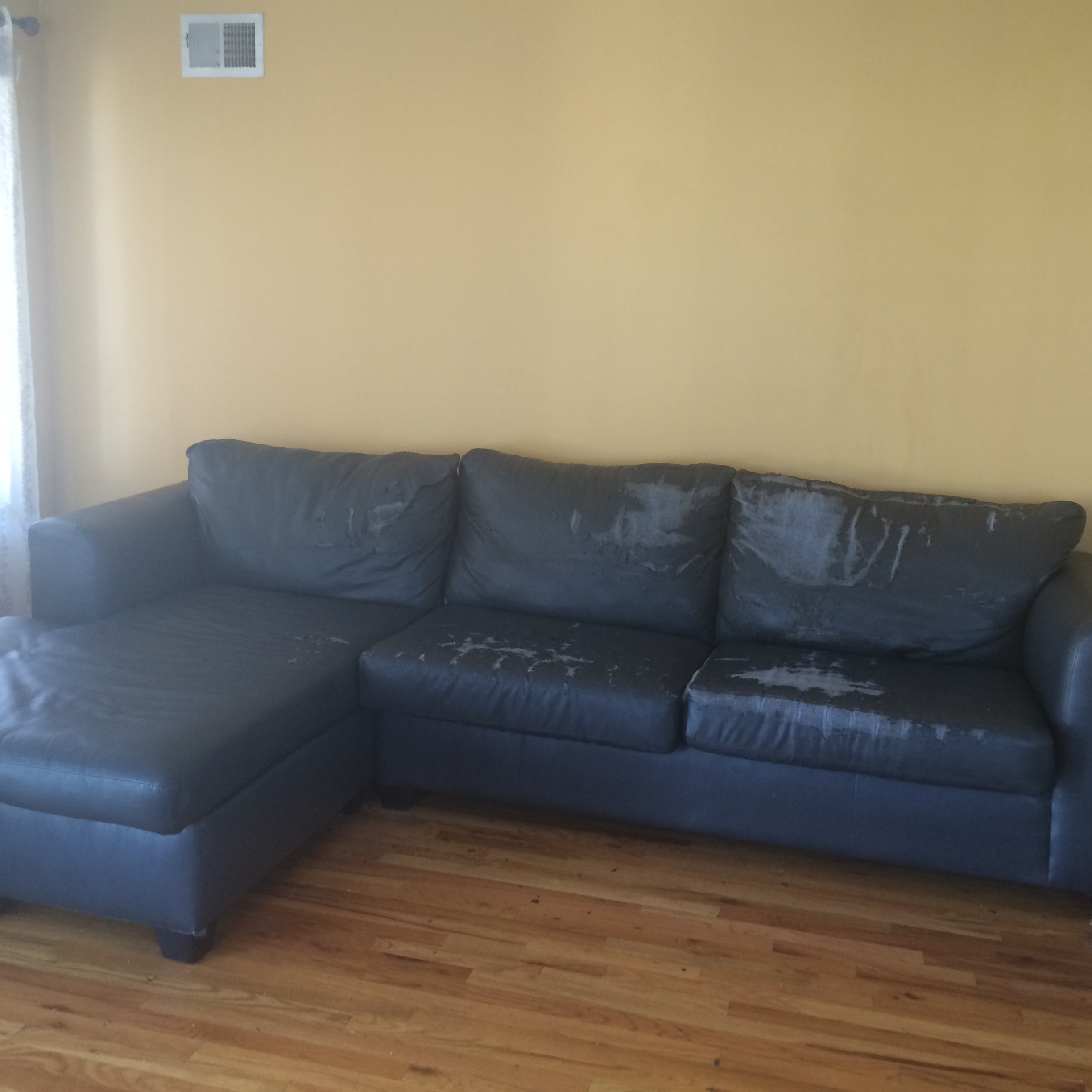 Widely Used Jennifer Convertibles Sectional Sofas In 10 Reviews Of Jennifer Convertibles Inc Leather Sofa (View 15 of 20)