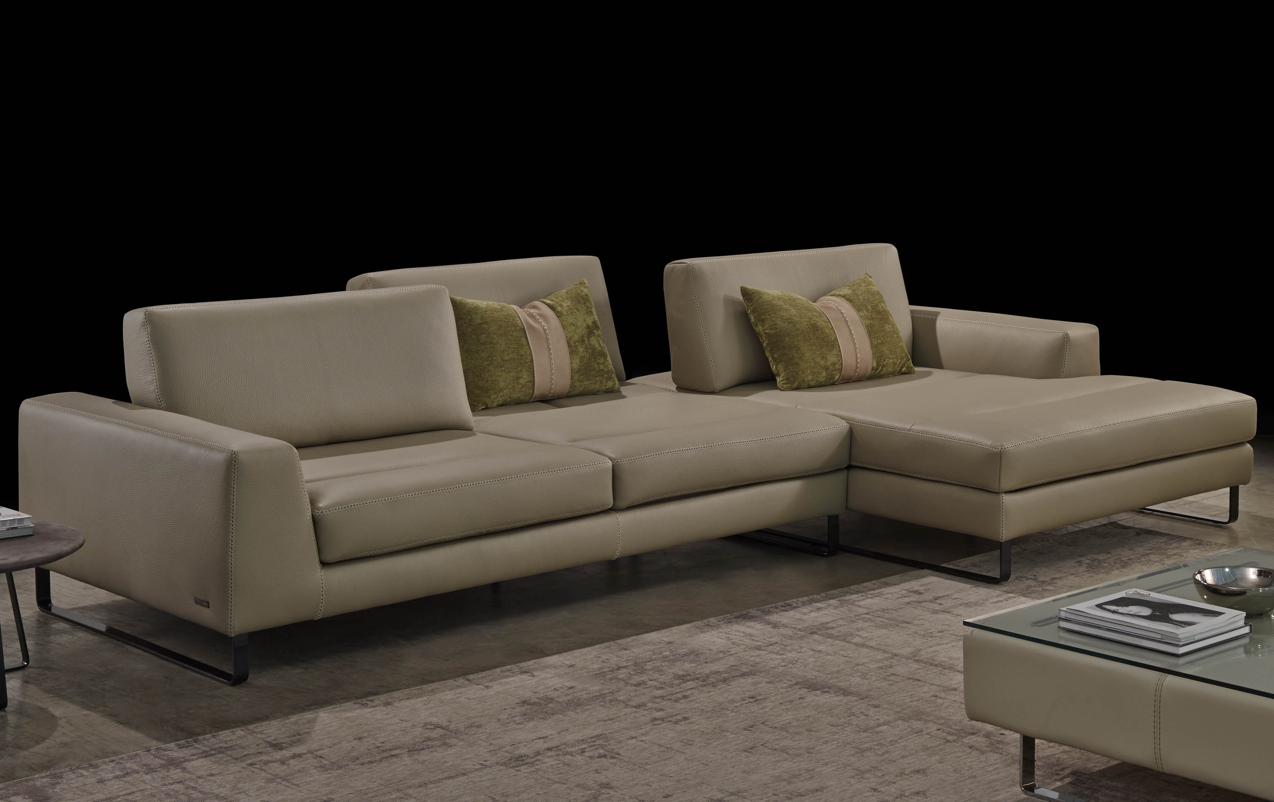 Widely Used Urban Sectional, Gamma International Italy – Italmoda Furniture Store For Nashua Nh Sectional Sofas (View 14 of 20)