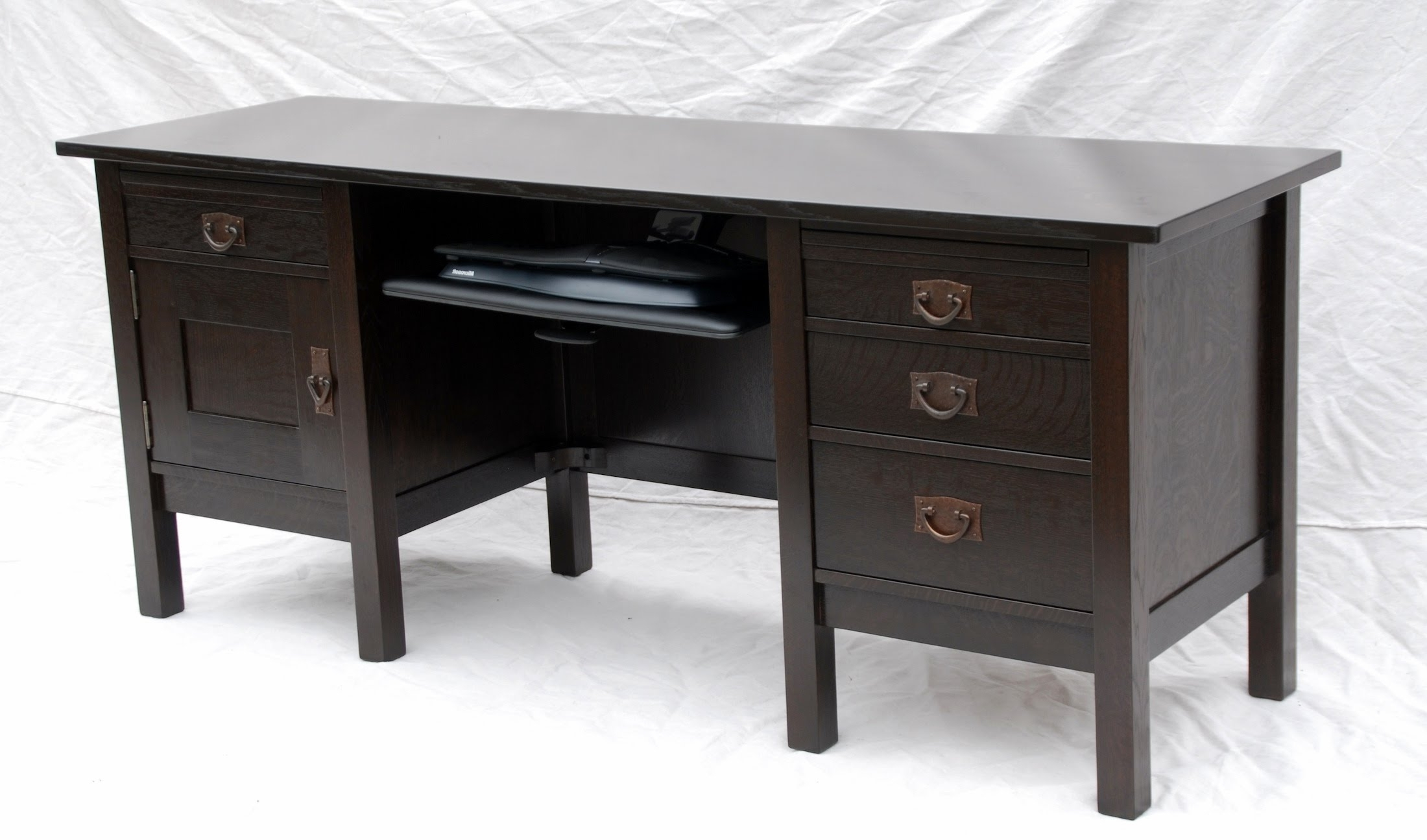 Widely Used Voorhees Craftsman Mission Oak Furniture – Voorhees Craftsman In Executive Computer Desks (View 11 of 20)
