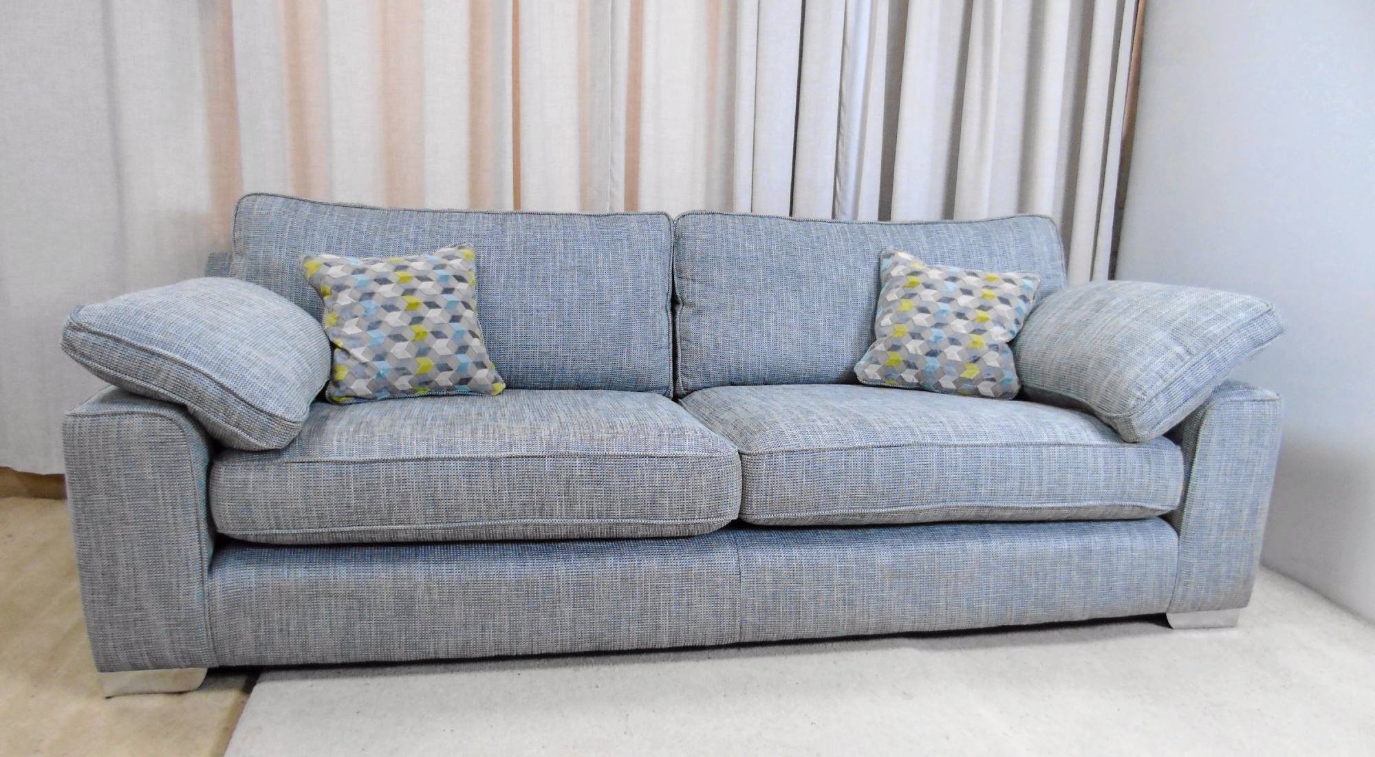 Widely Used Whitemeadow Loft Large 4 Seater Sofa For Large 4 Seater Sofas (View 20 of 20)