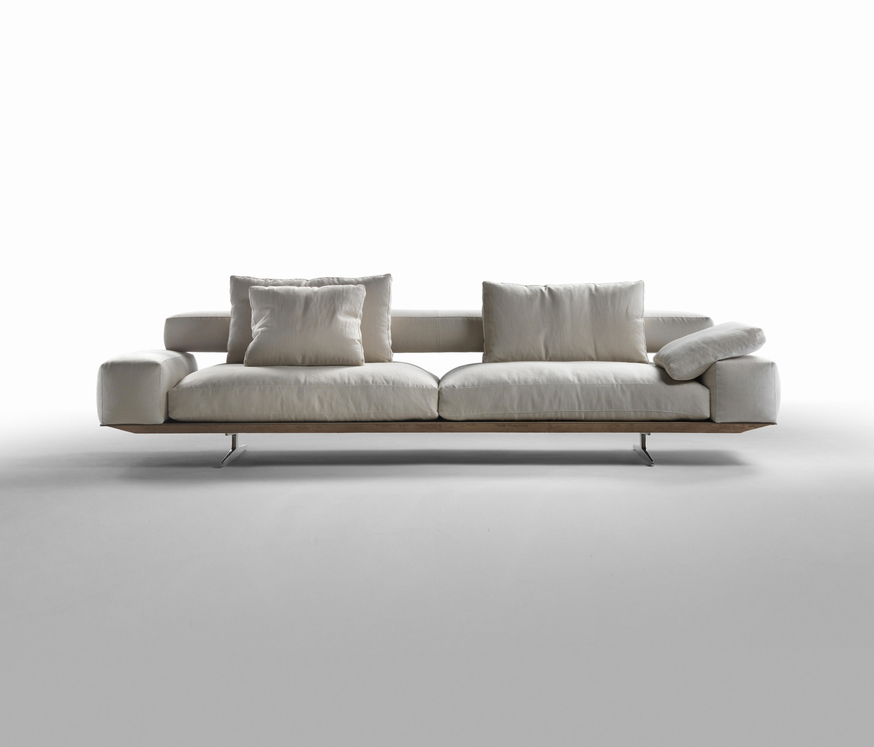 Wing – Lounge Sofas From Flexform (View 3 of 20)